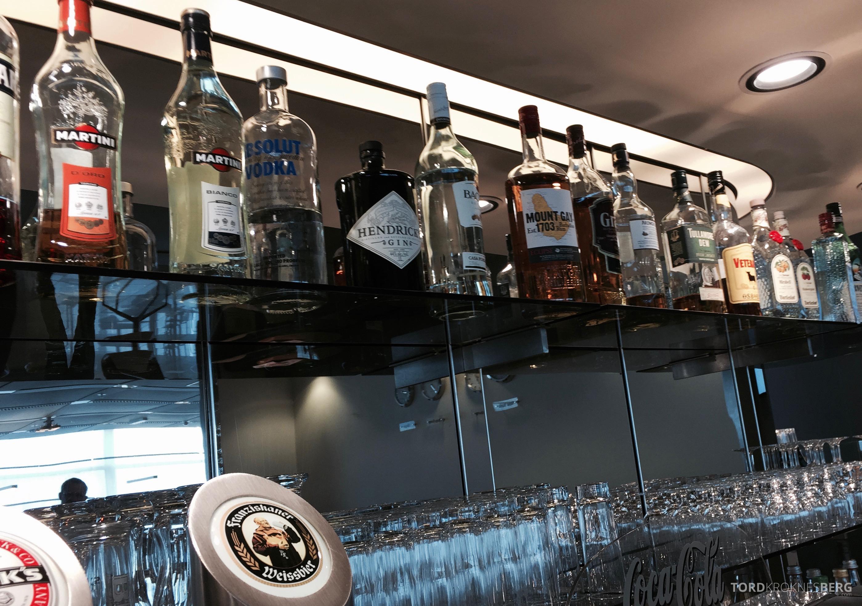 Lufthansa Senator Lounge Hamburg drikke 2