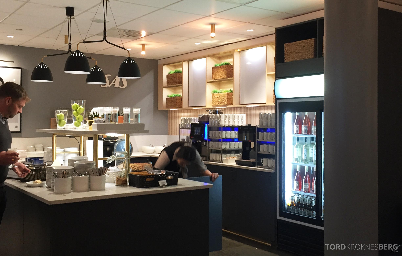 SAS Gold Lounge Oslo buffet 4