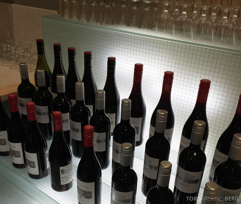 SAS Gold Lounge Oslo vin