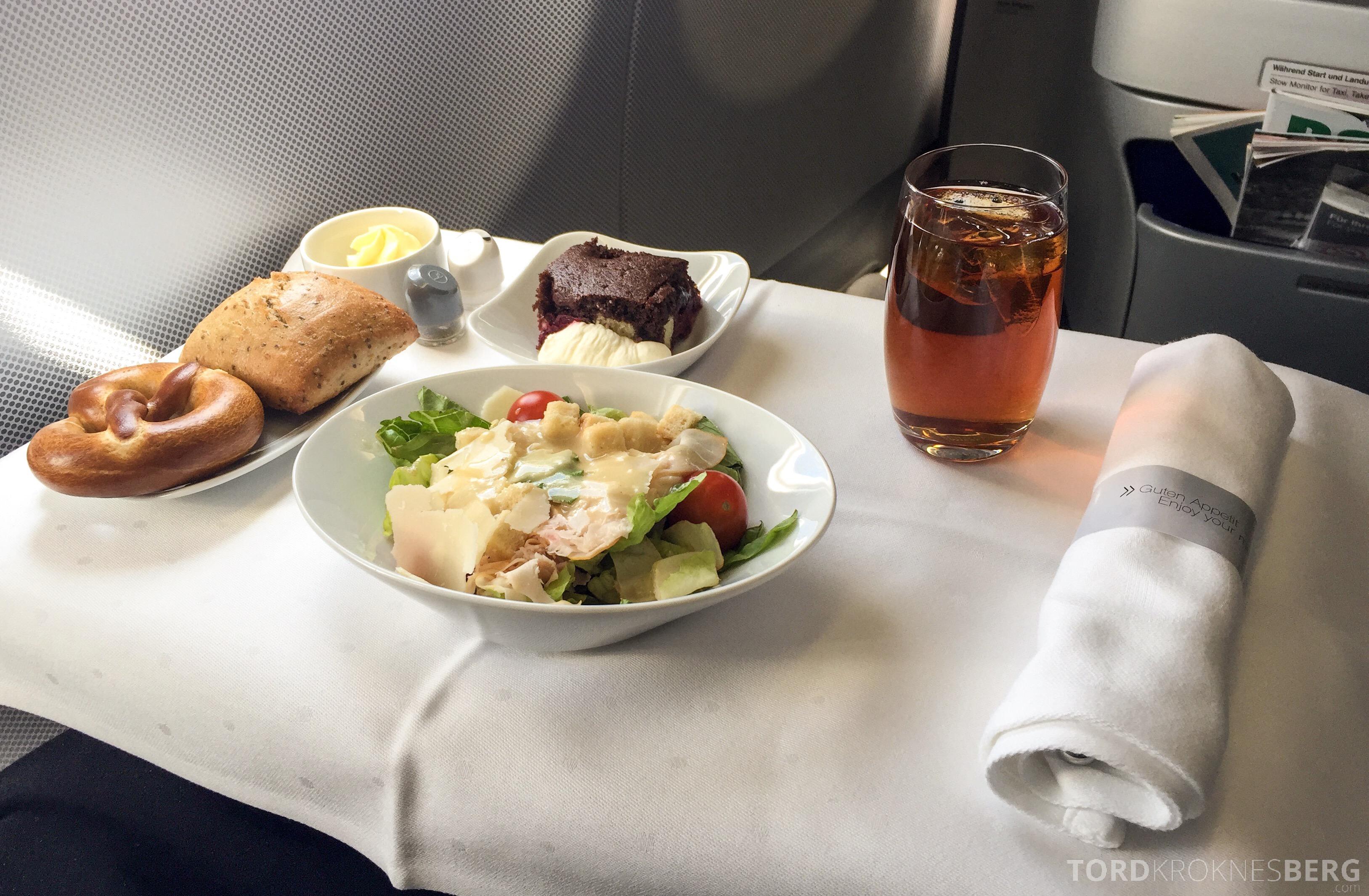 Lufthansa Business Class München til New York lunch