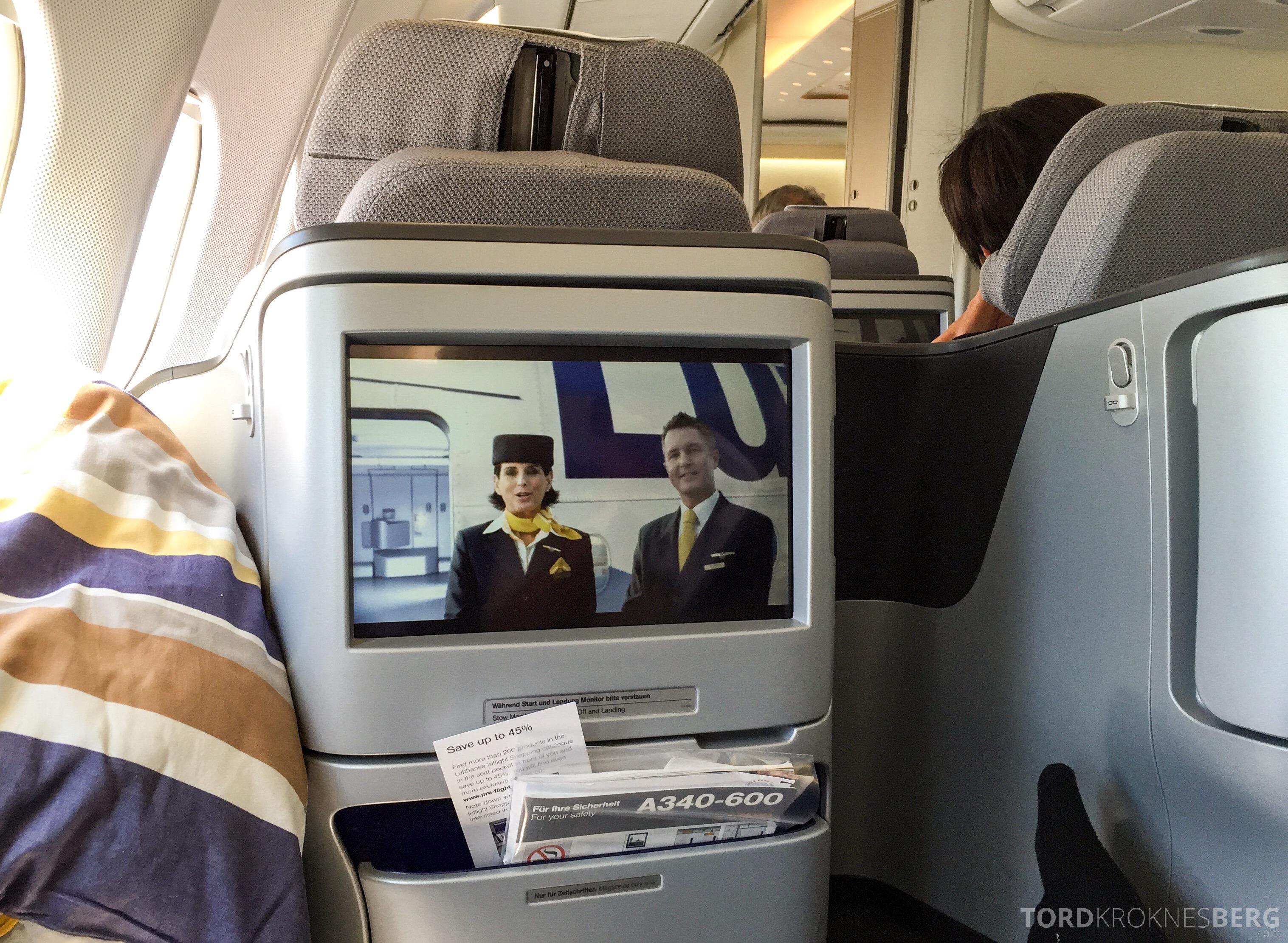 Lufthansa Business Class München til New York underholdning