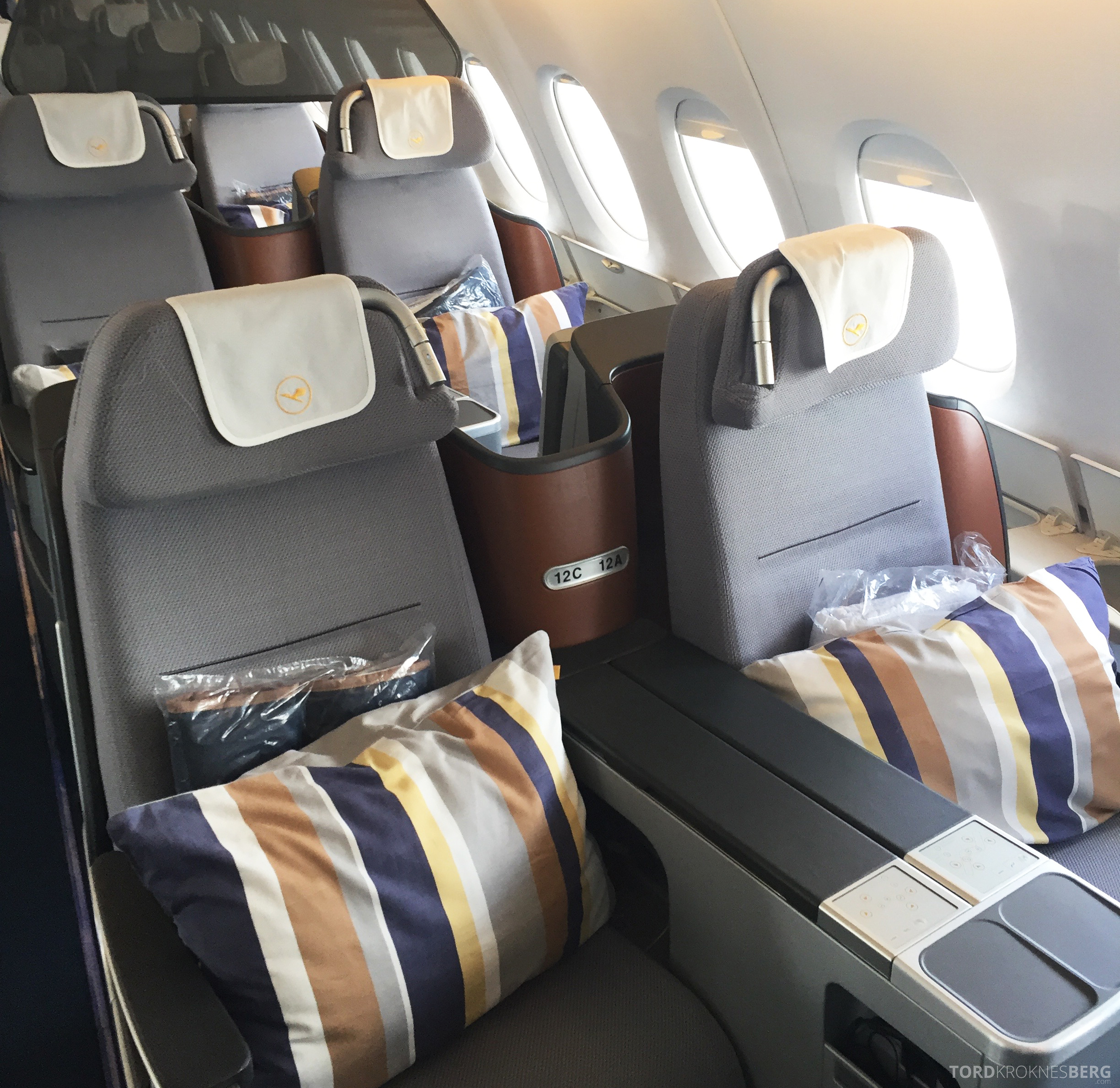 Lufthansa A380 Business Class Houston Frankfurt seter