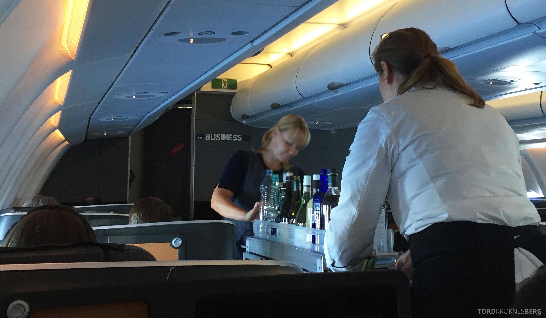 SAS Business Class fra Stockholm til Los Angeles drikketralle