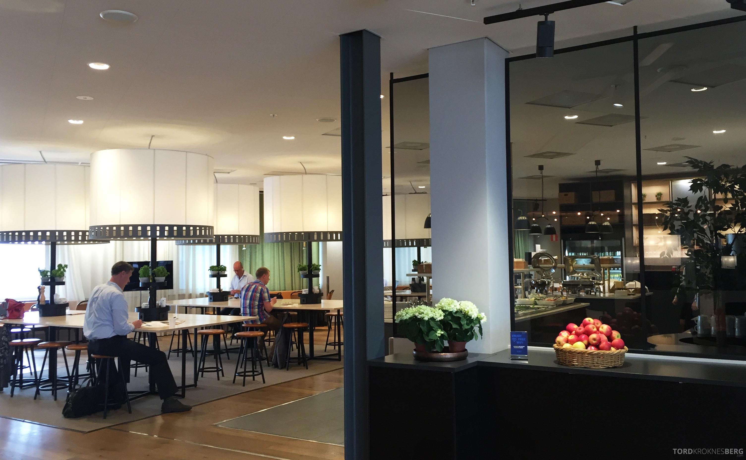 SAS Gold Lounge Stockholm utsikt mot buffet