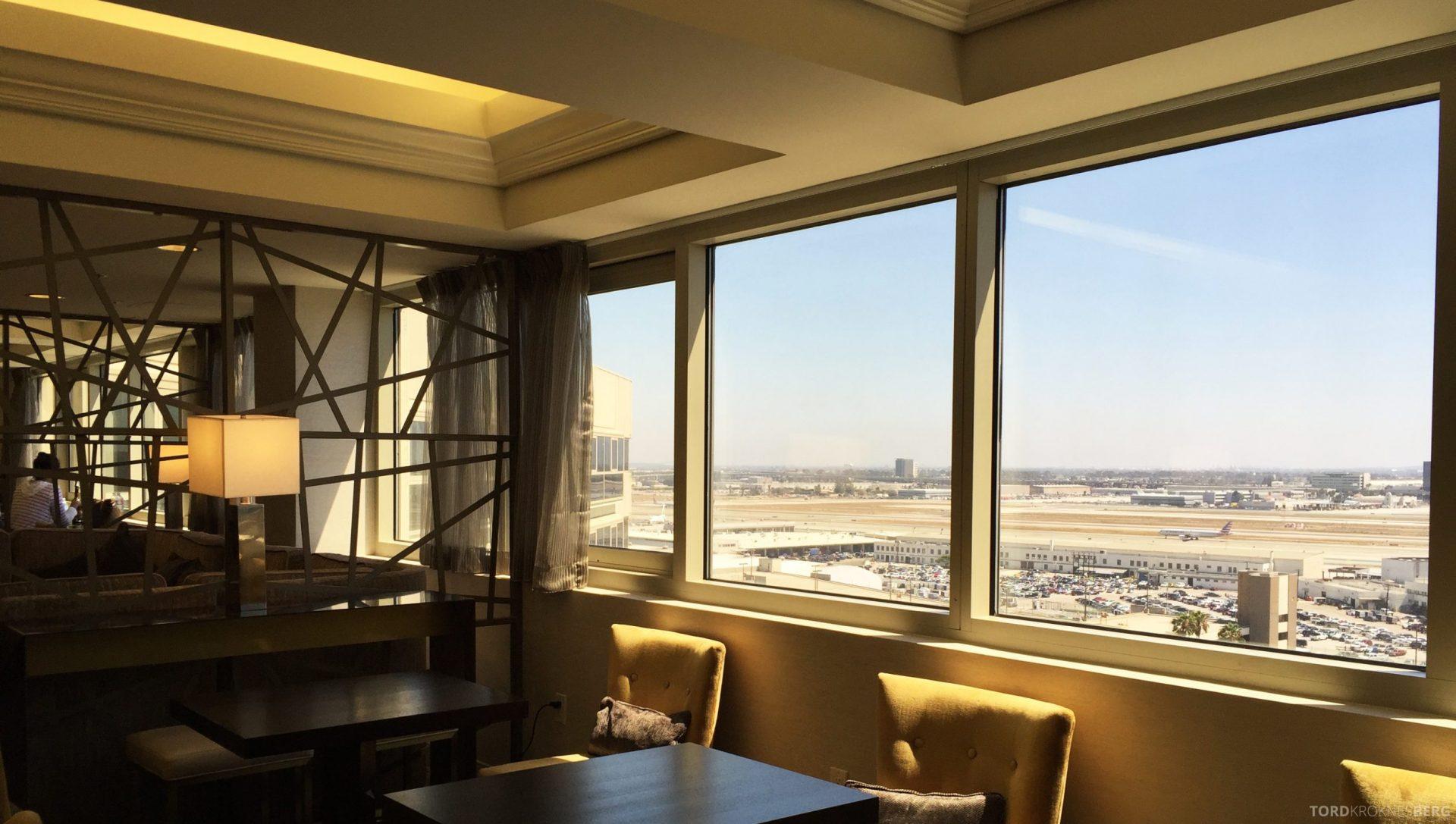 Sheraton Gateway LAX lounge 3