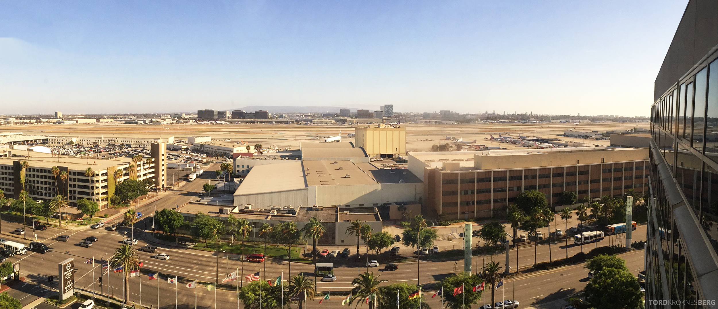 Sheraton Gateway LAX utsikt fra loungen mot flyplassen