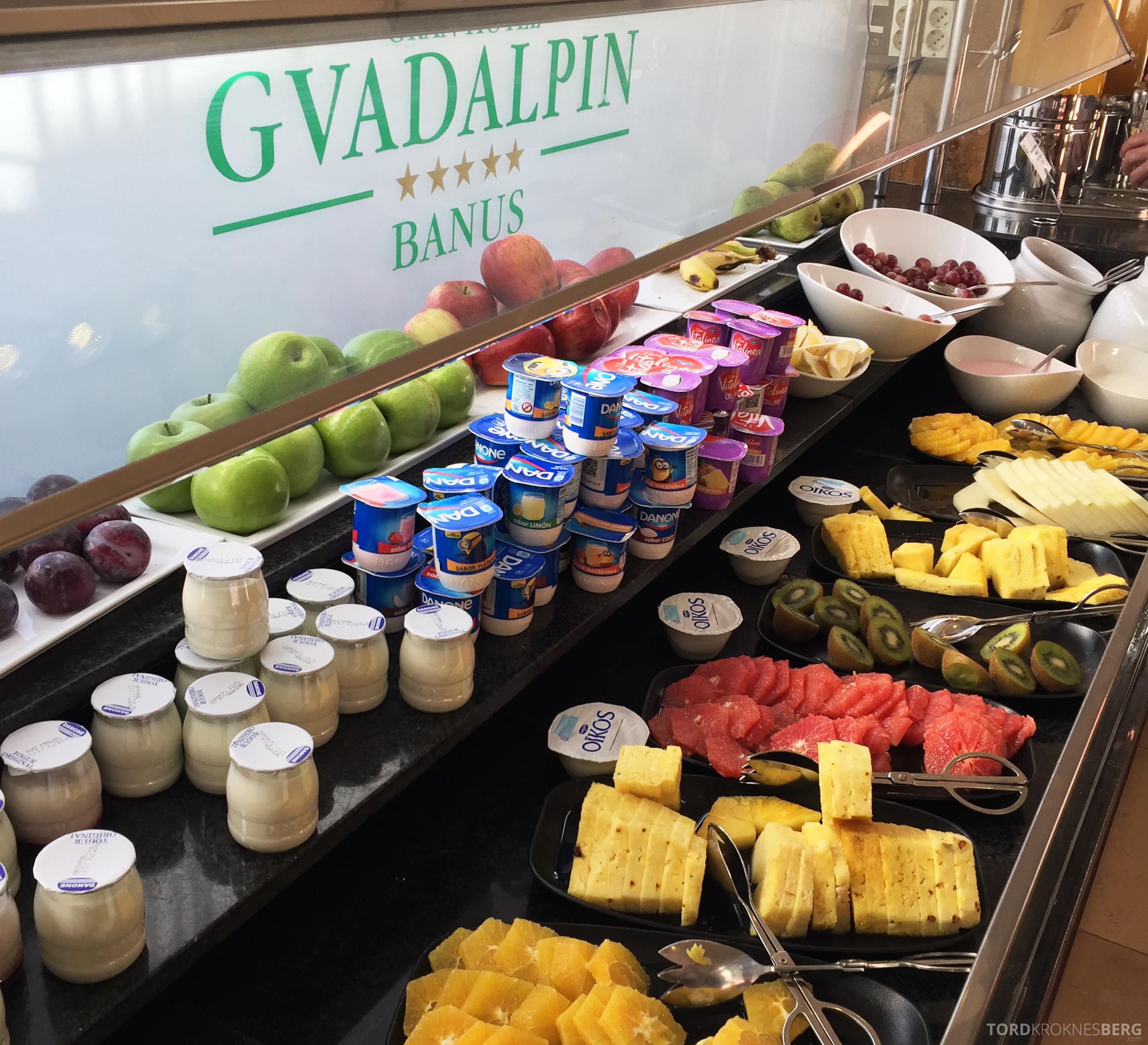 Gran Hotel Guadalpin Banus Marbella frokostbuffet frukt