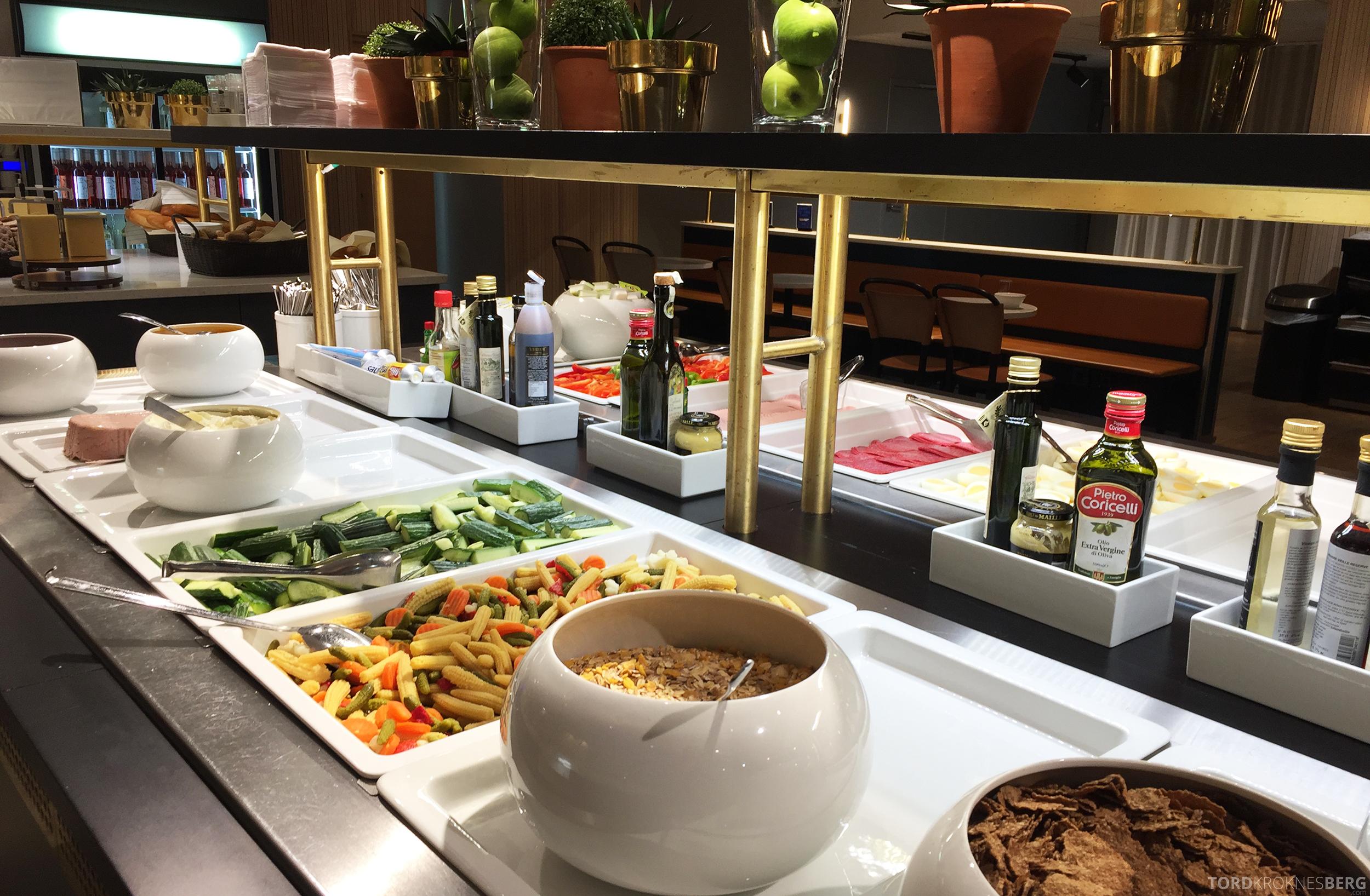 SAS Plus Oslo Malaga frokost i loungen