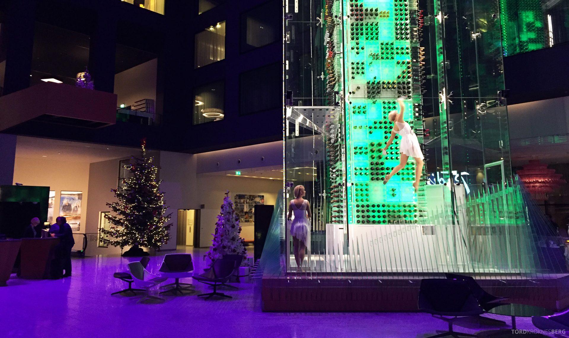 Radisson Blu Zurich Airport Hotel lobby