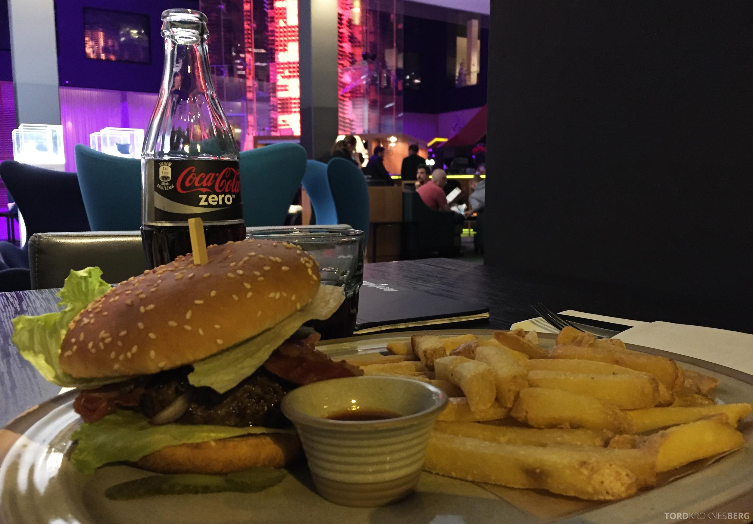 Radisson Blu Zurich Airport Hotel burger