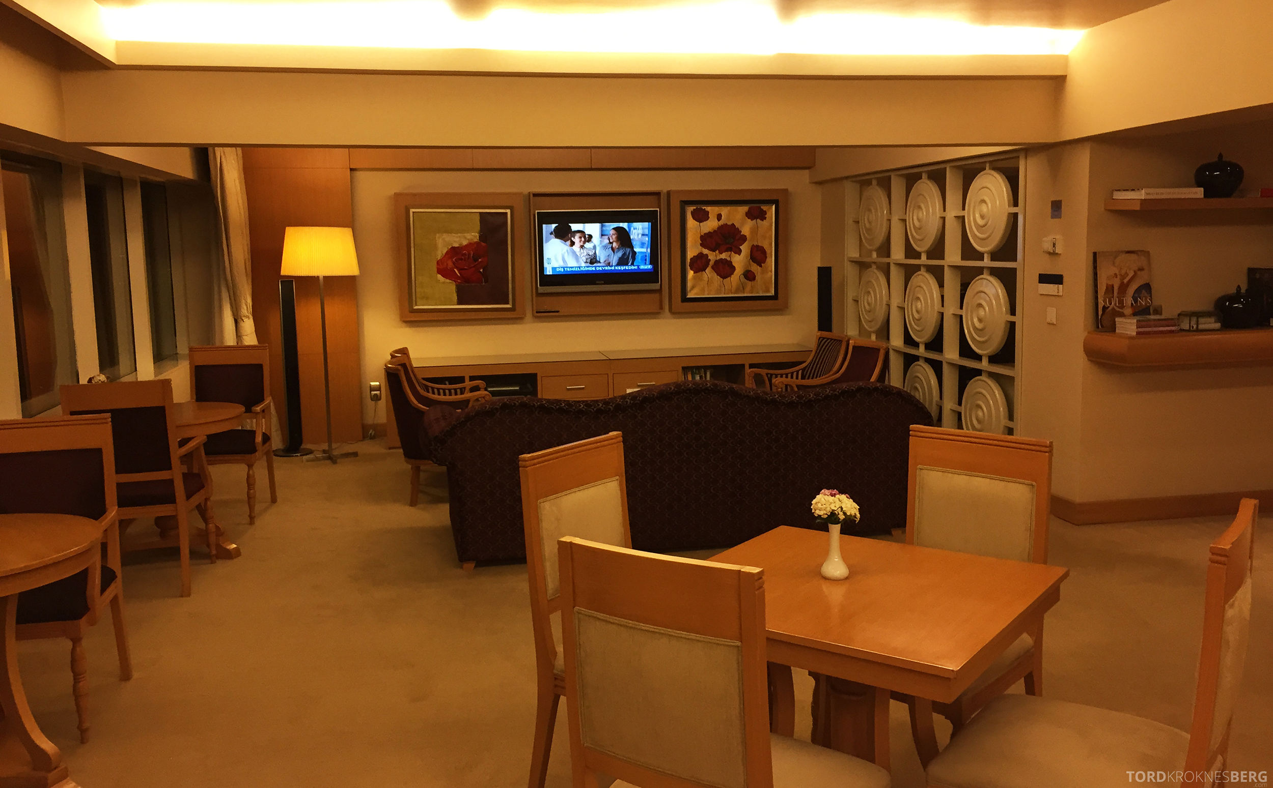 Renaissance Polat Istanbul Hotel Club Lounge