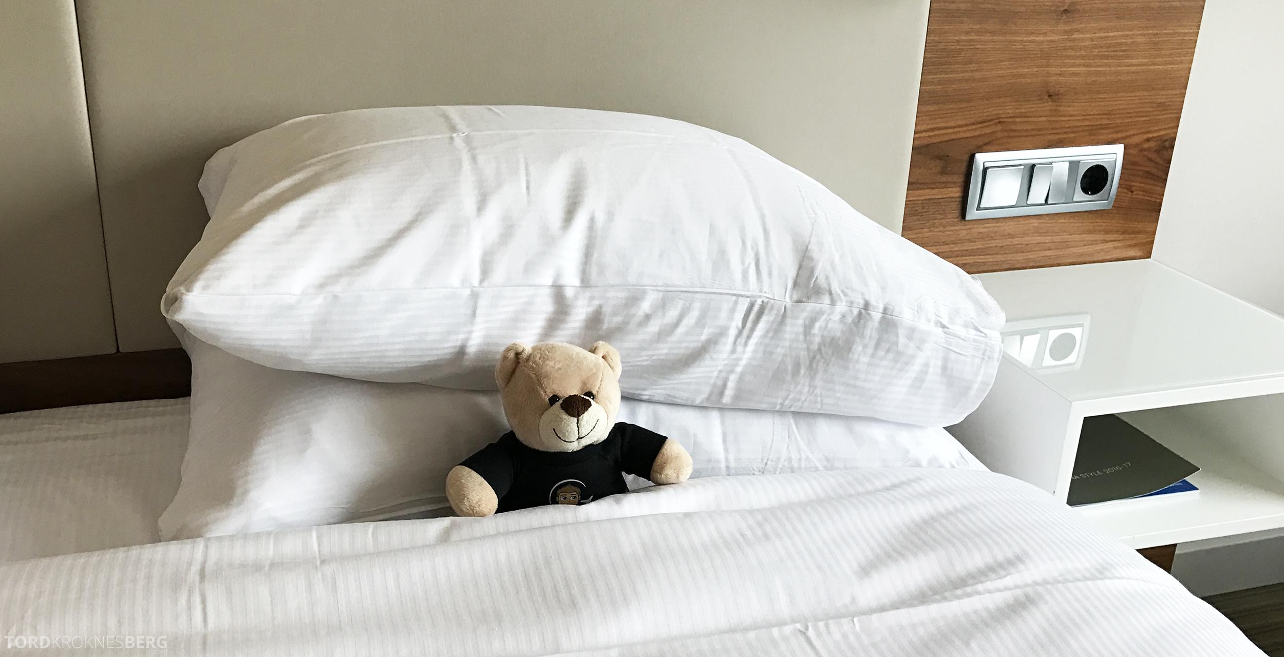 Hilton Barcelona reisefølget seng