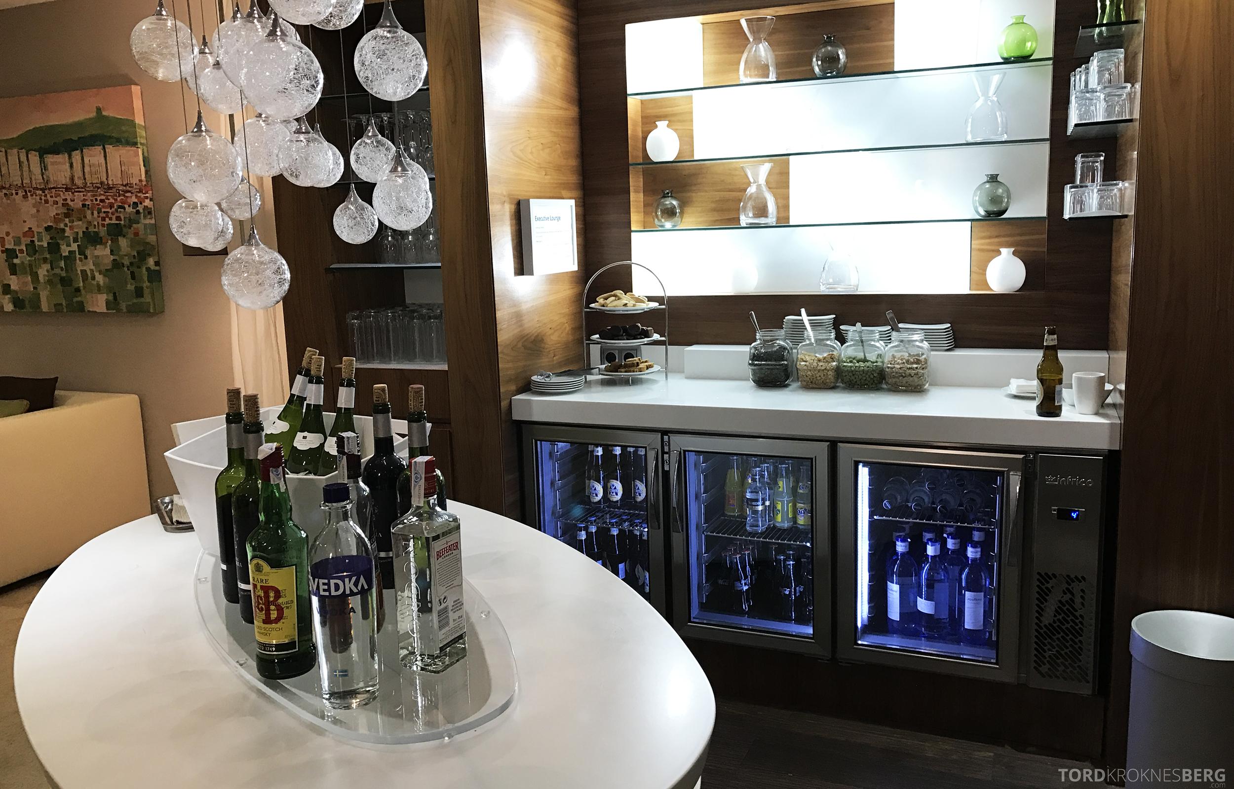 Hilton Barcelona Executive Lounge hors d'oeuvre drikke