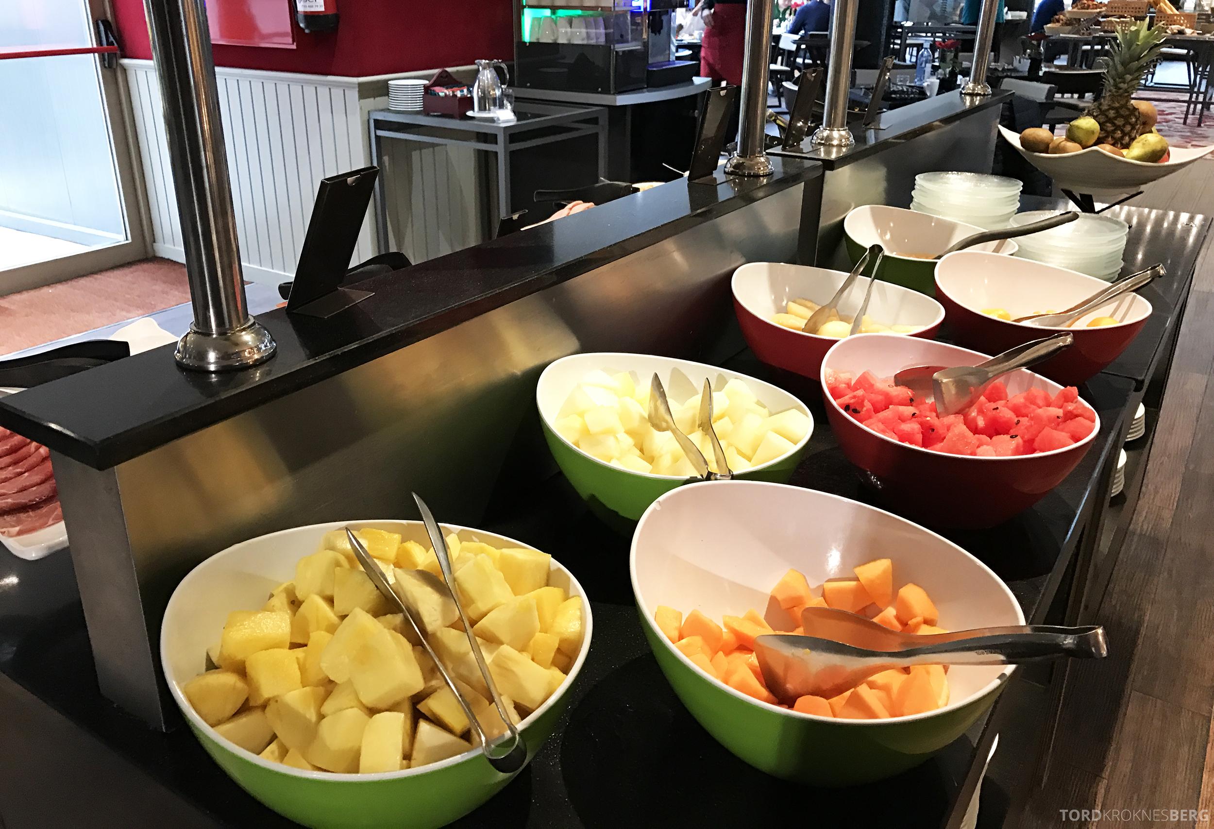 Hilton Barcelona frokost frukt