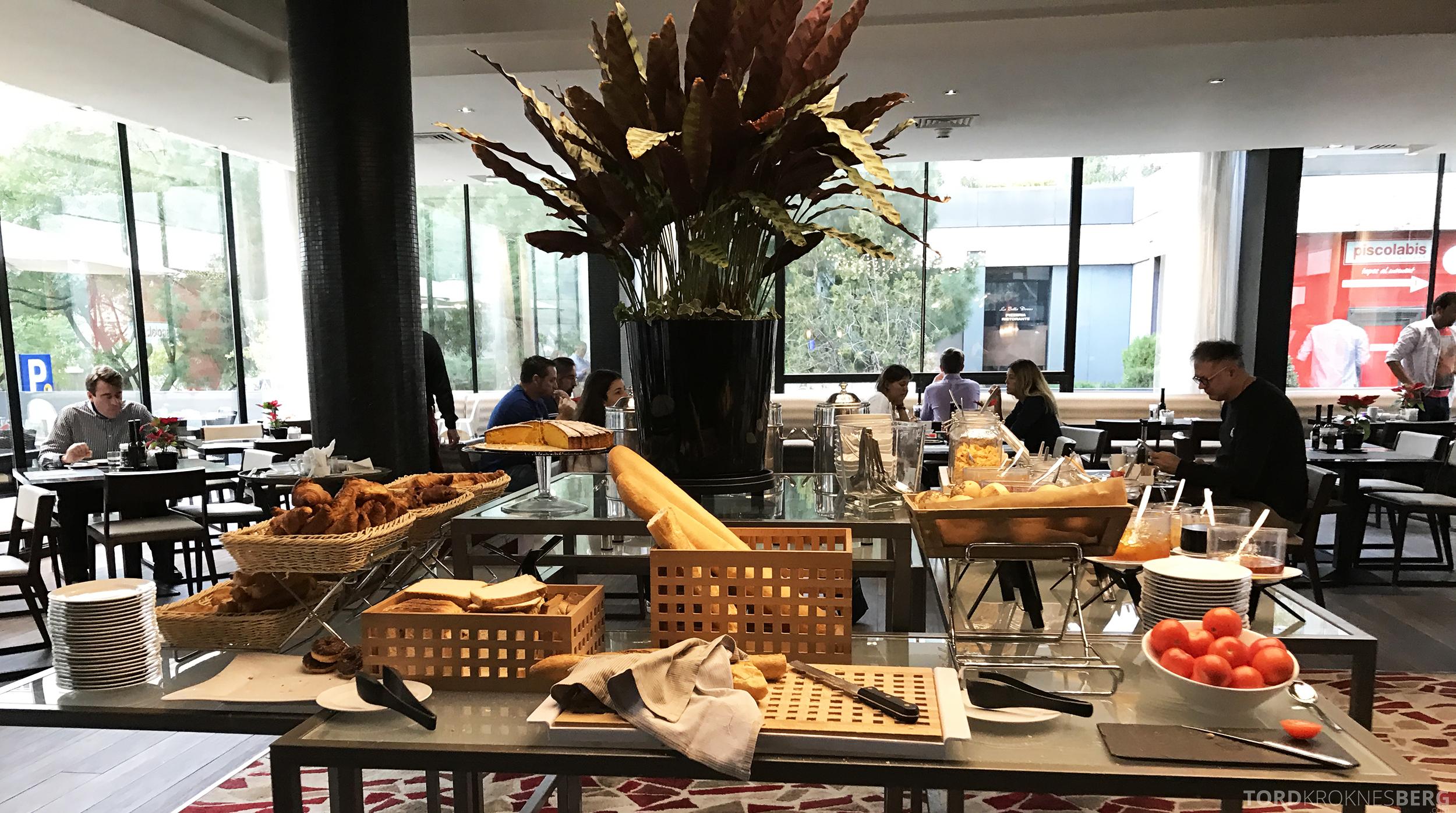 Hilton Barcelona frokost brød