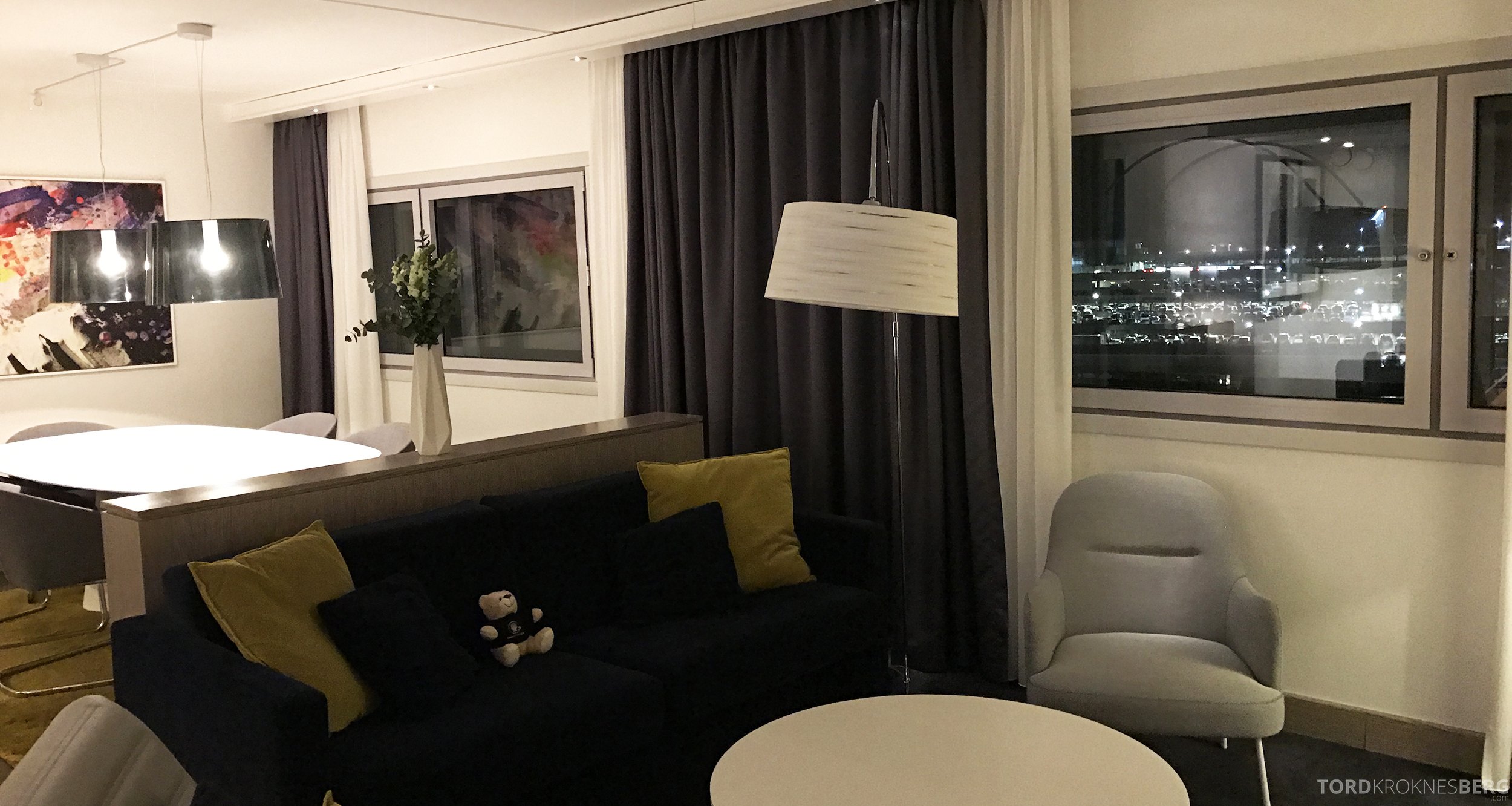 Radisson Blu Oslo Airport Hotel suite utsikt mot tårnet