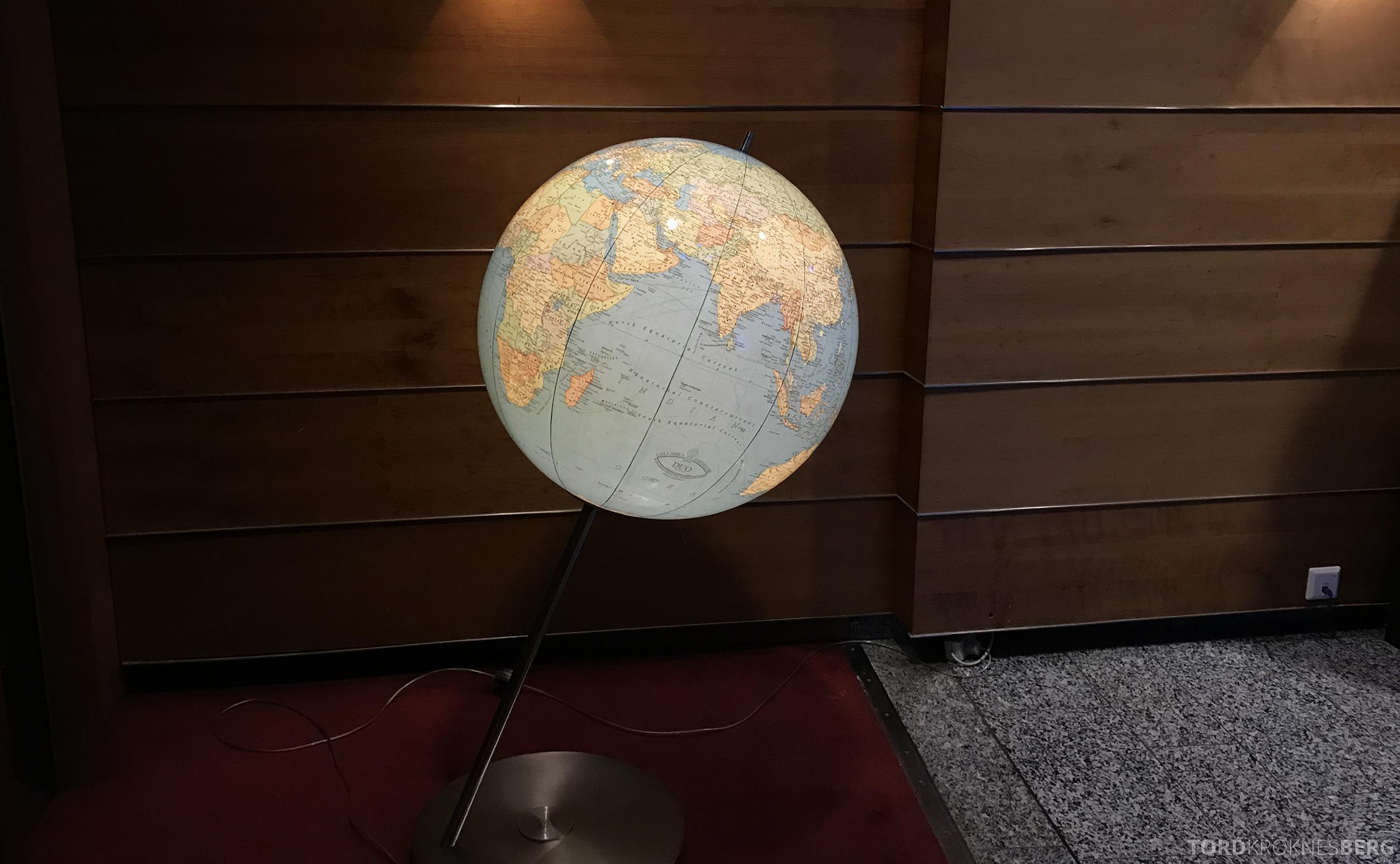 Radisson Blu Oslo Airport Hotel suite globus