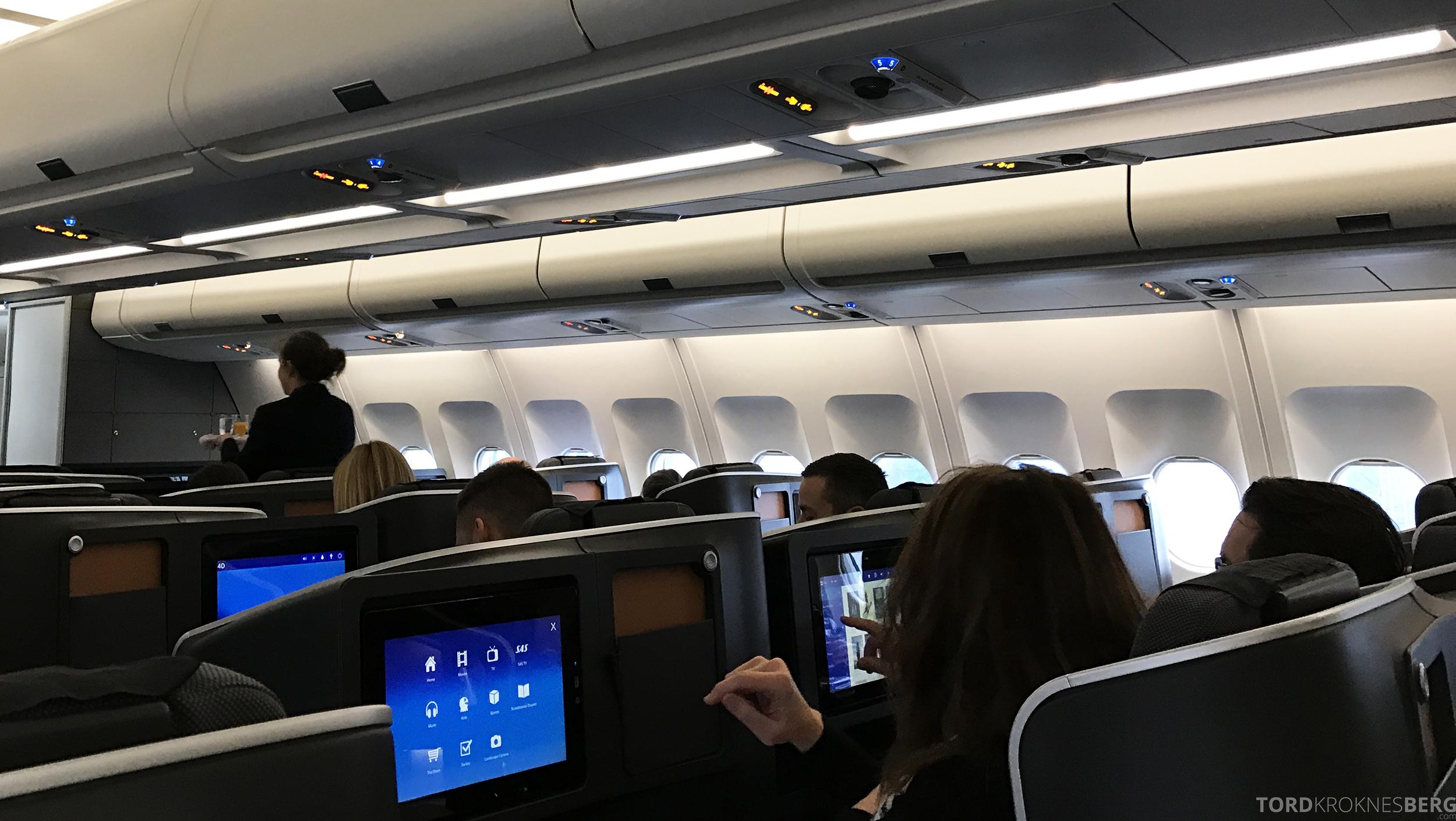 SAS Business Oslo til Miami velkomstdrink utdeling