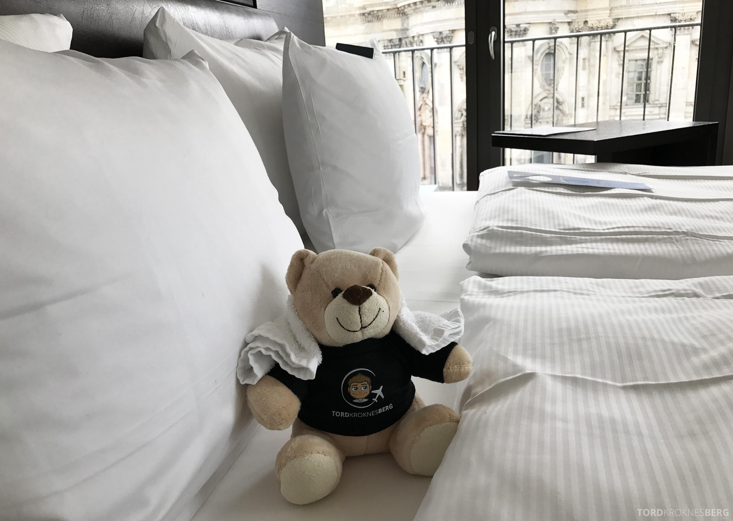 Radisson Blu Berlin reisefølget seng