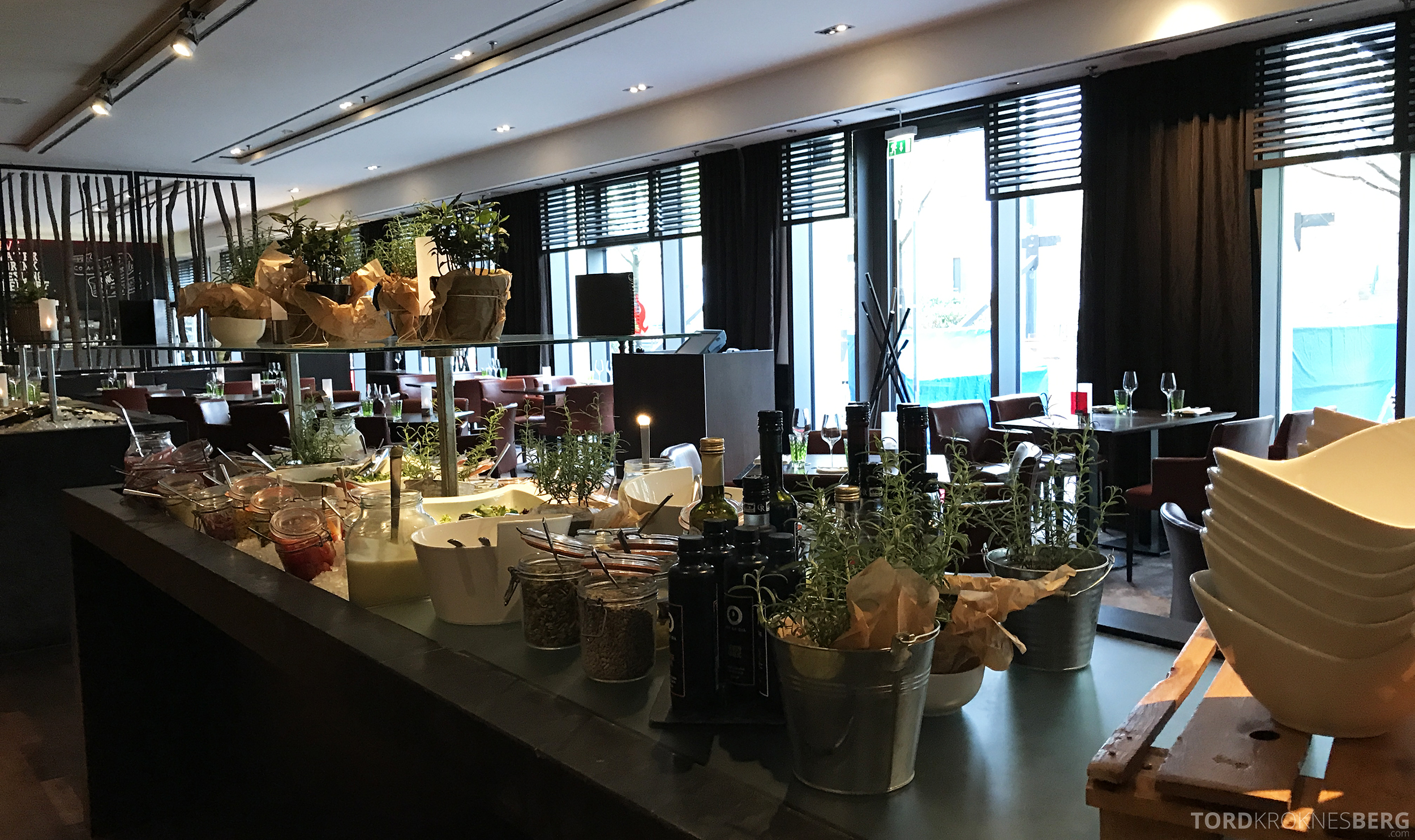 Restaurant Heat Radisson Blu Berlin salatbar