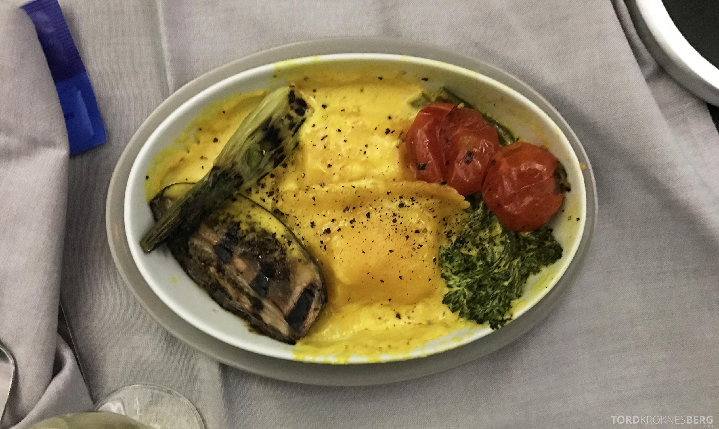 SAS Business Class Miami Oslo hovedrett vegetarisk ravioli
