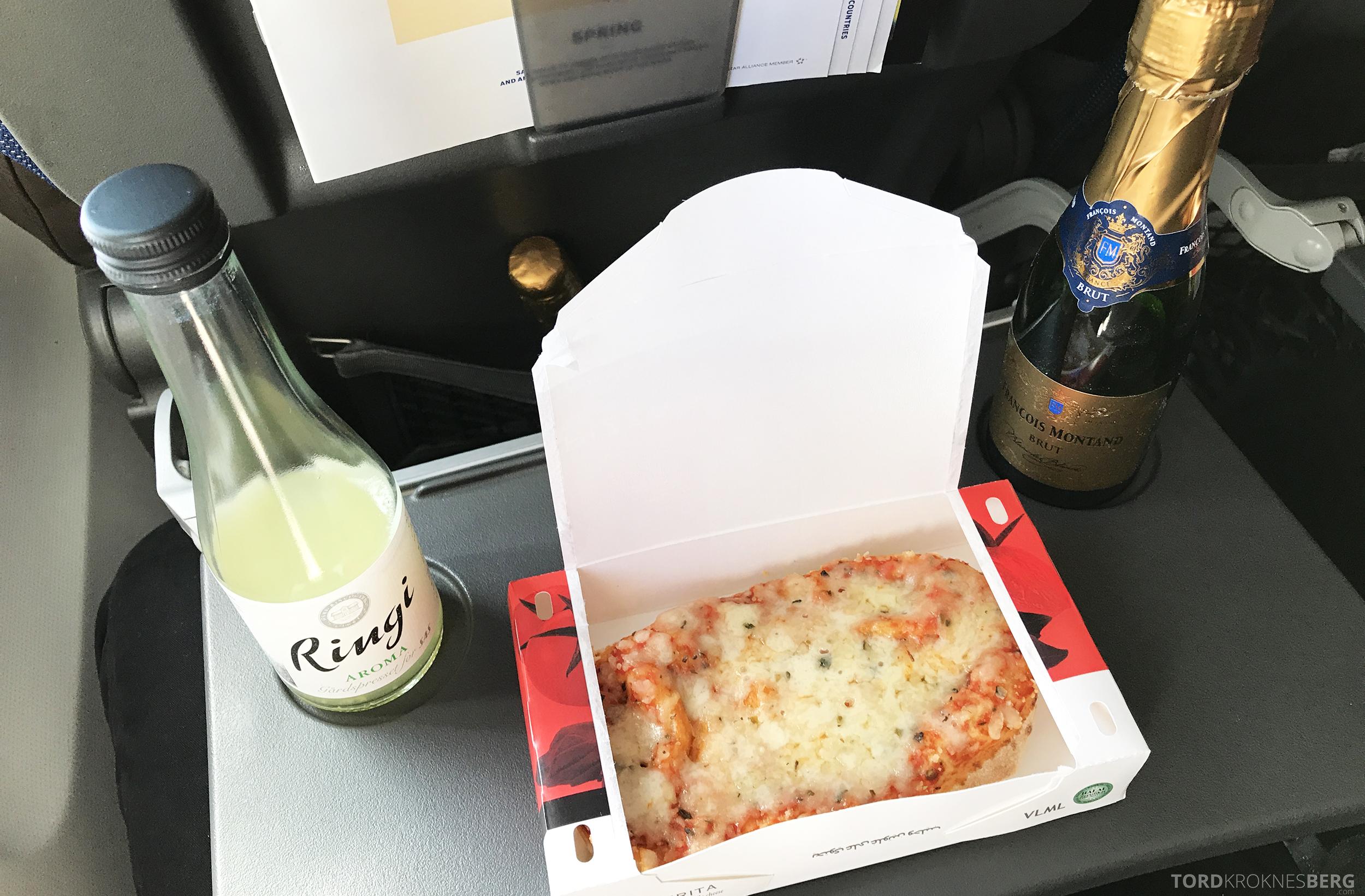 SAS Go Trondheim Berlin mat pizza