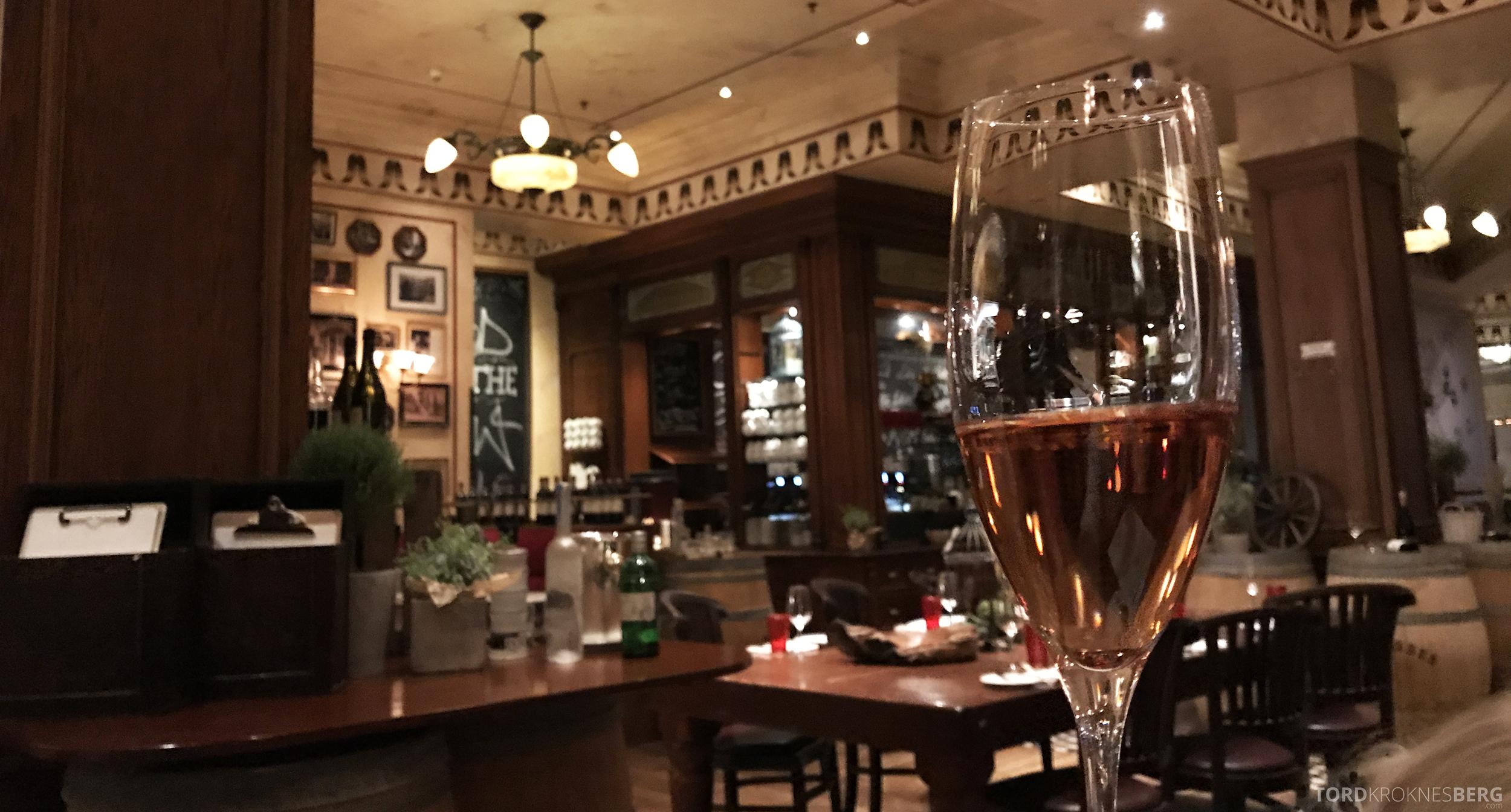 Brasserie Desbrosses Ritz-Carlton Berlin rosevin aperitiff