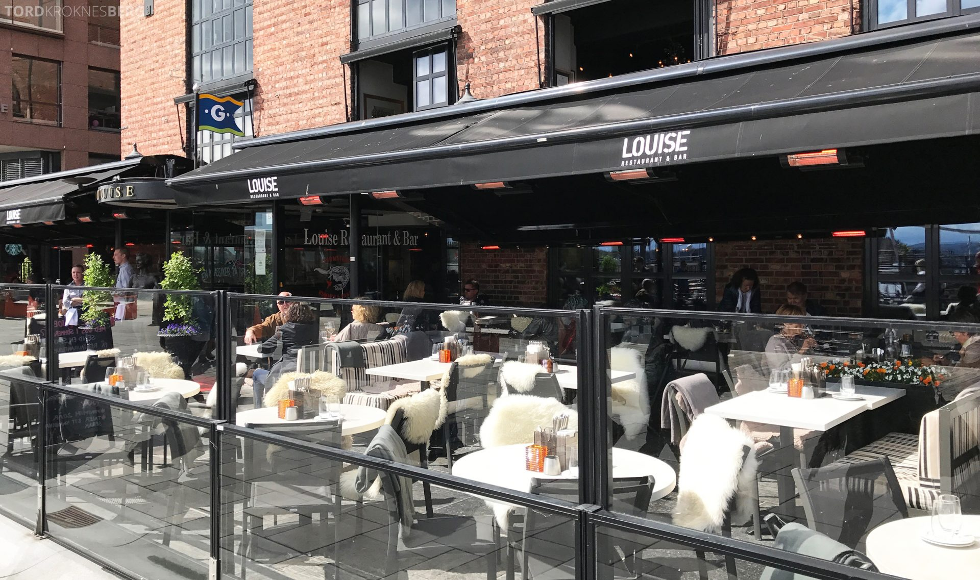 Louise Restaurant Bar Aker Brygge ute