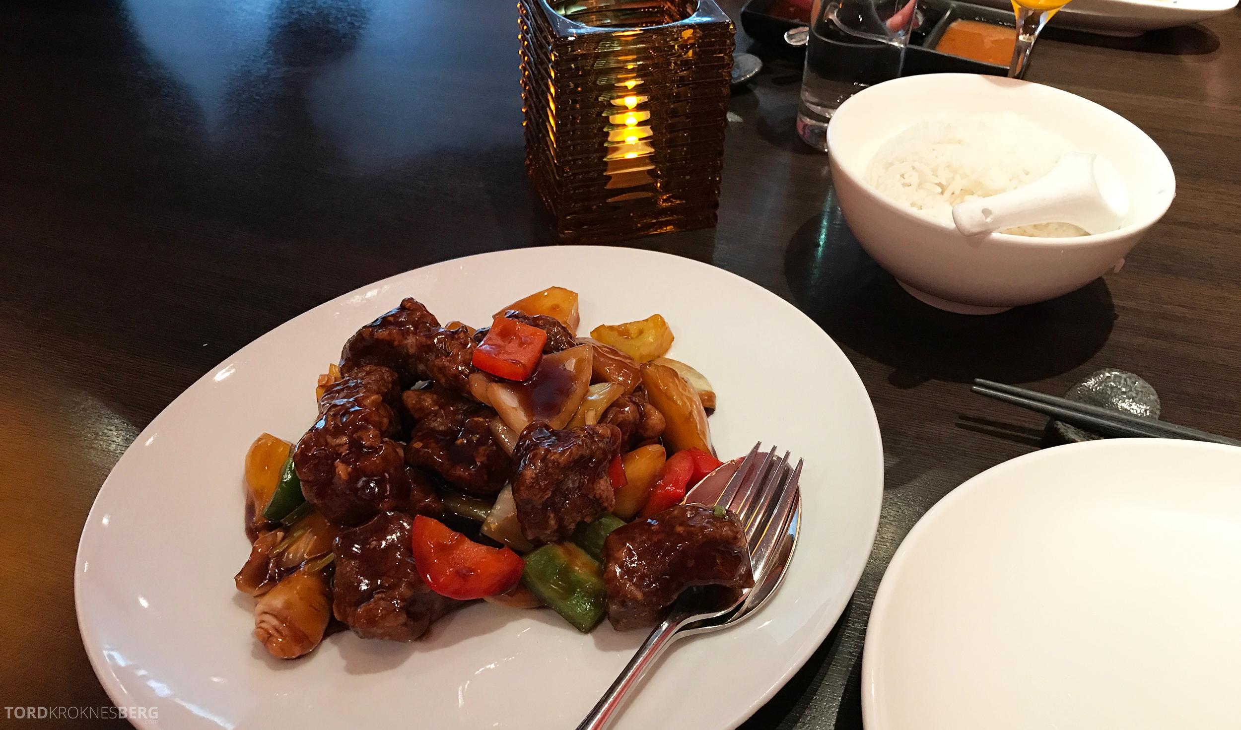 Mahayana Asian Dining Oslo svin