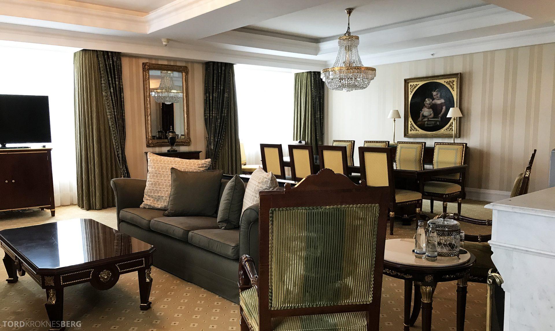 Ritz-Carlton Berlin Presidential Suite stue