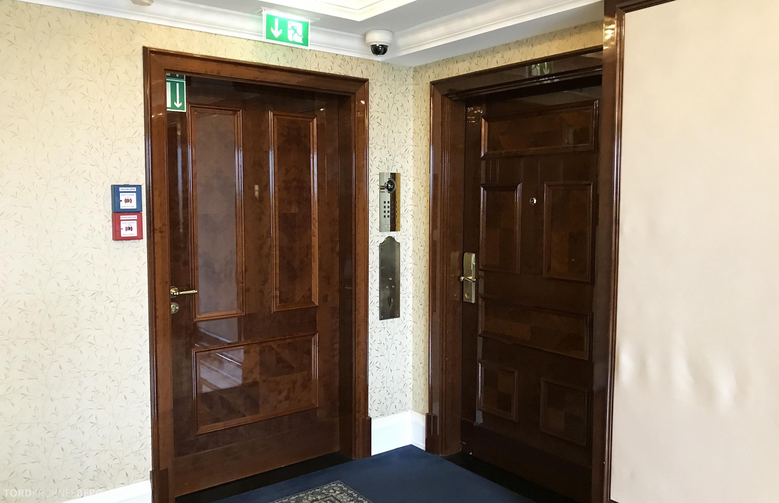 Ritz-Carlton Berlin Presidential Suite dør