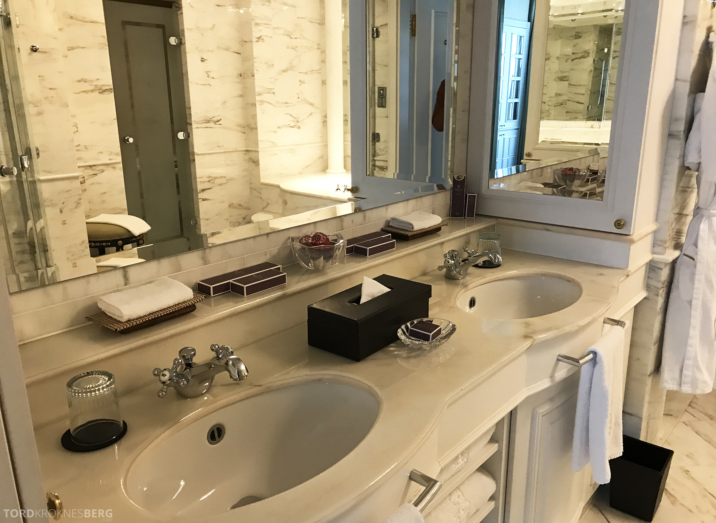 Ritz-Carlton Berlin Presidential Suite bad