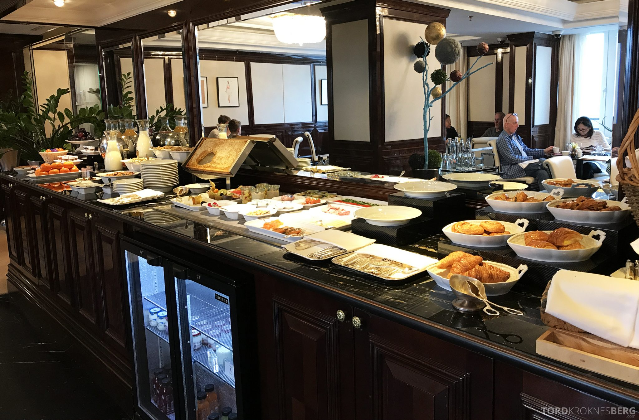 The Ritz-Carlton Berlin Club Lounge frokostbuffet
