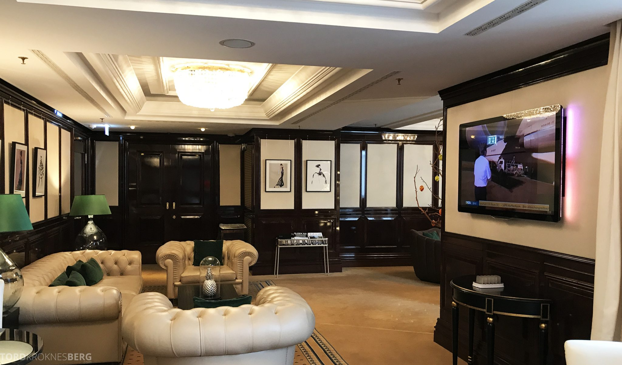 The Ritz-Carlton Berlin Club Lounge fjernsyn