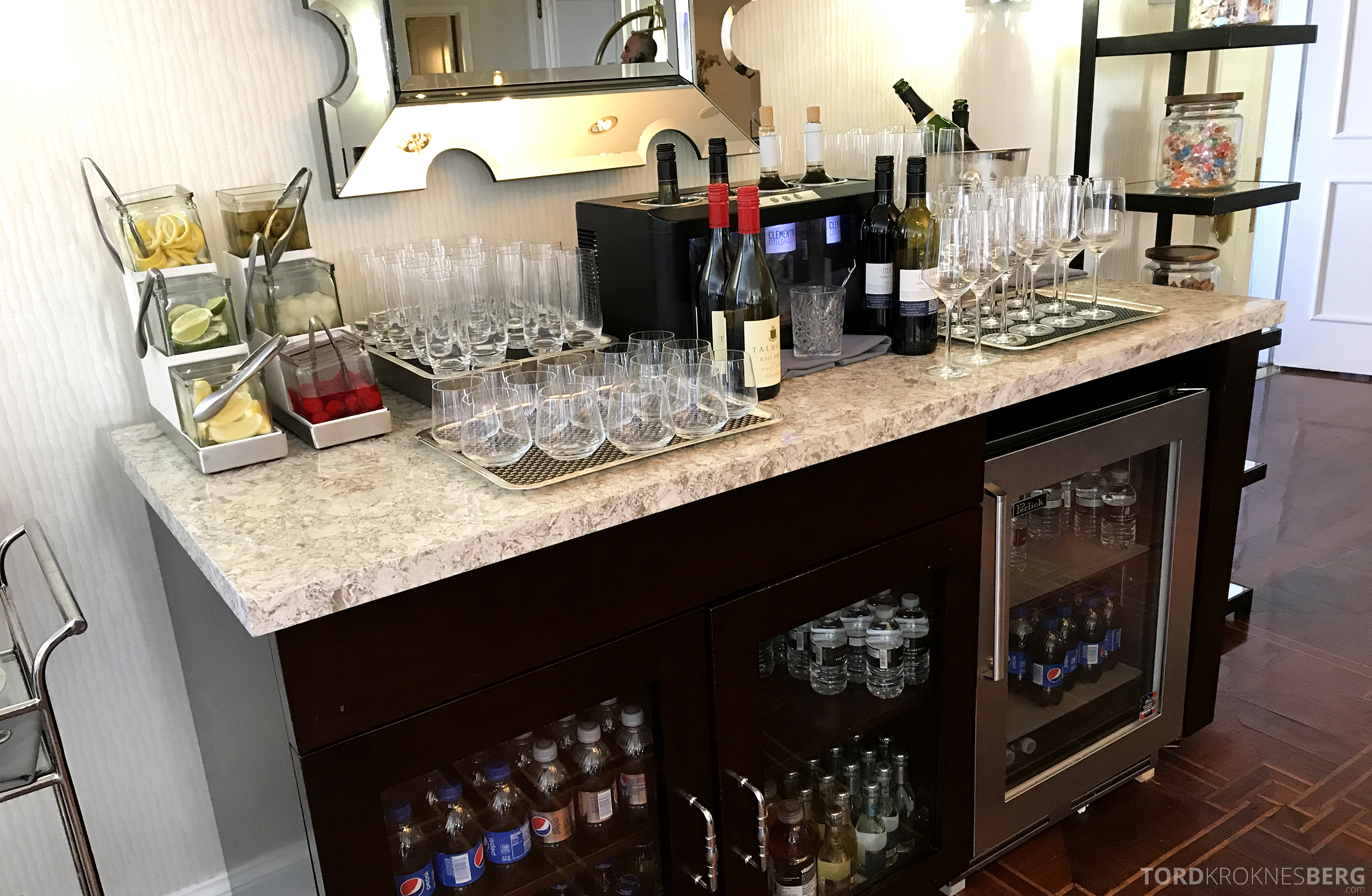 Ritz-Carlton San Francisco Hotel Club Lounge hors d'oeuvre drikke