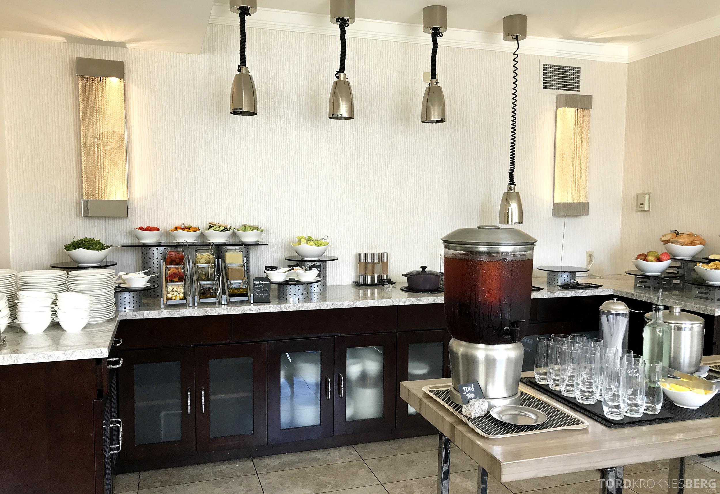 Ritz-Carlton San Francisco Hotel Club Lounge lunch