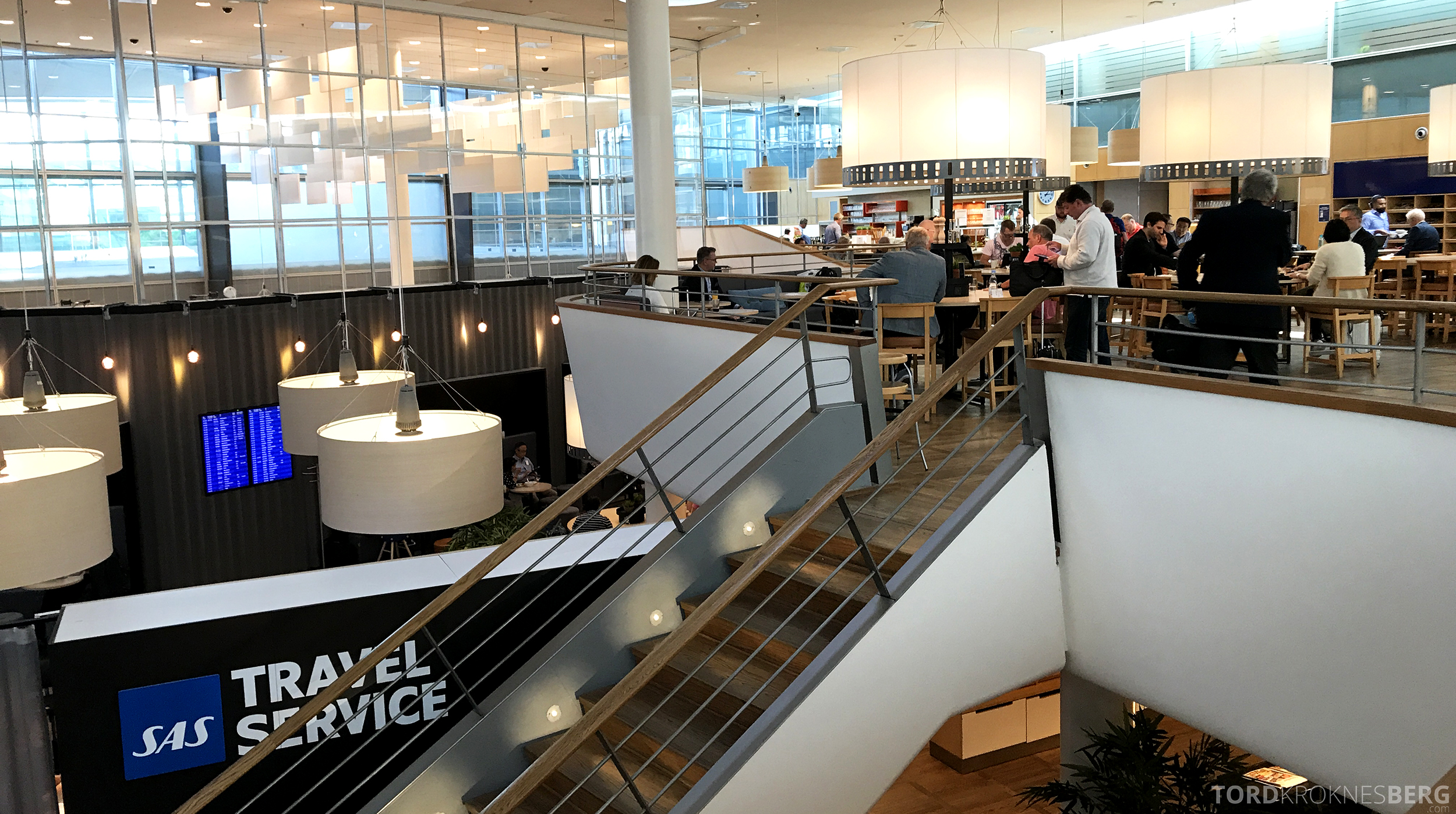 SAS Business Class San Francisco gold lounge