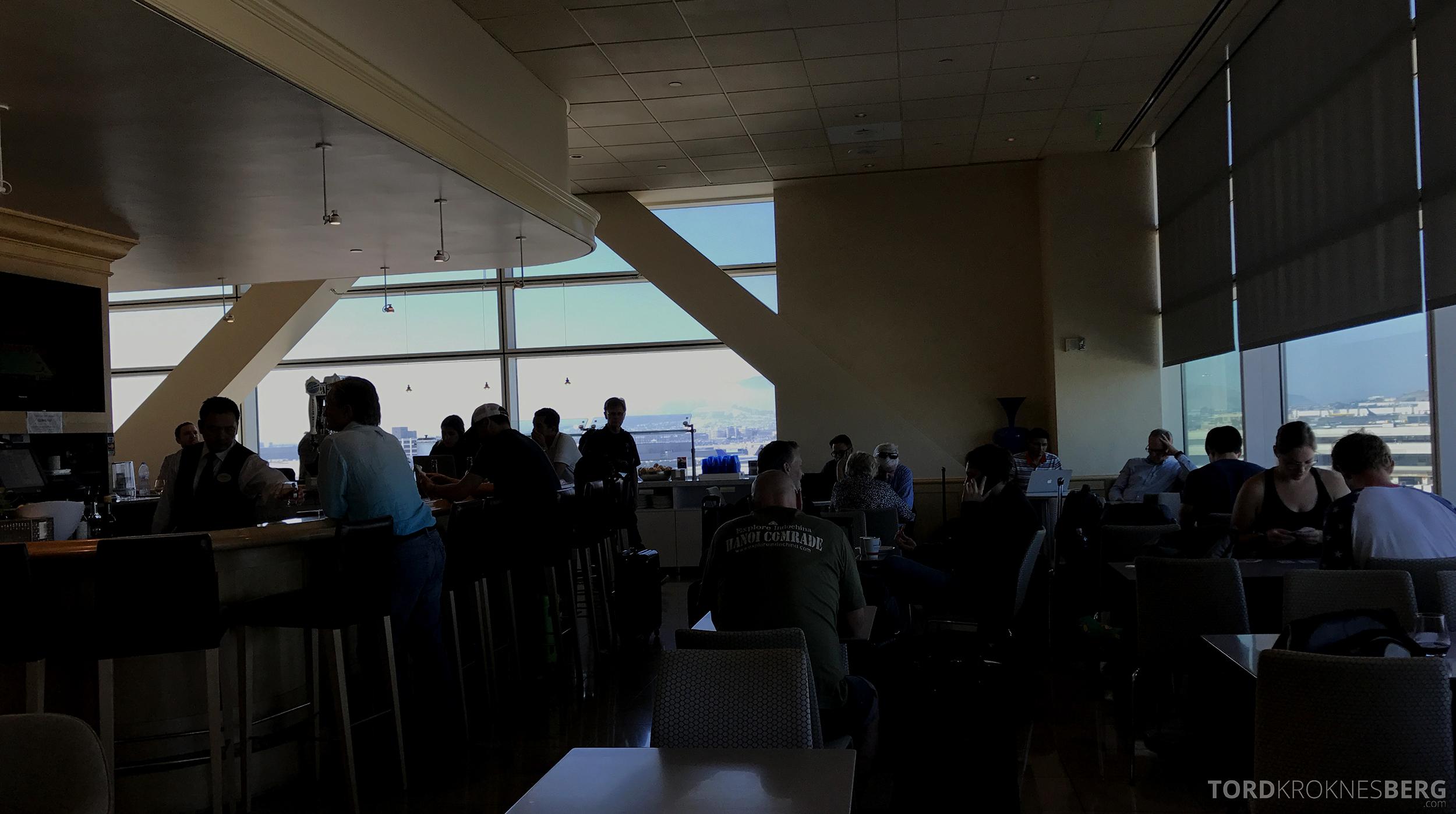 United Club Lounge San Francisco fullt