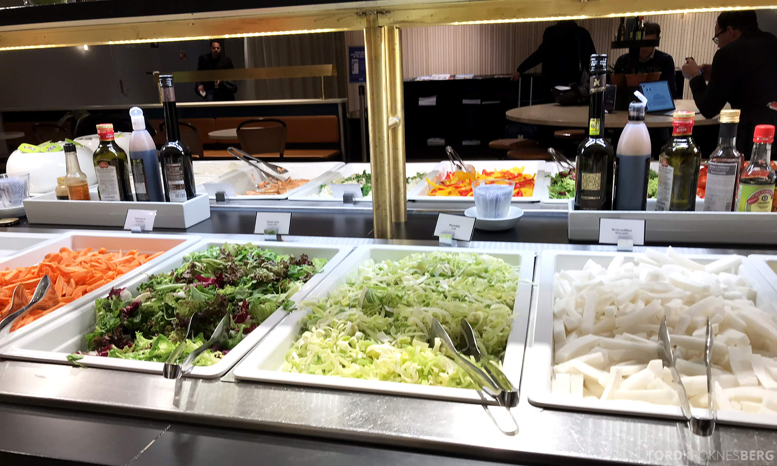 SAS Plus Oslo Stockholm lounge grønnsaker