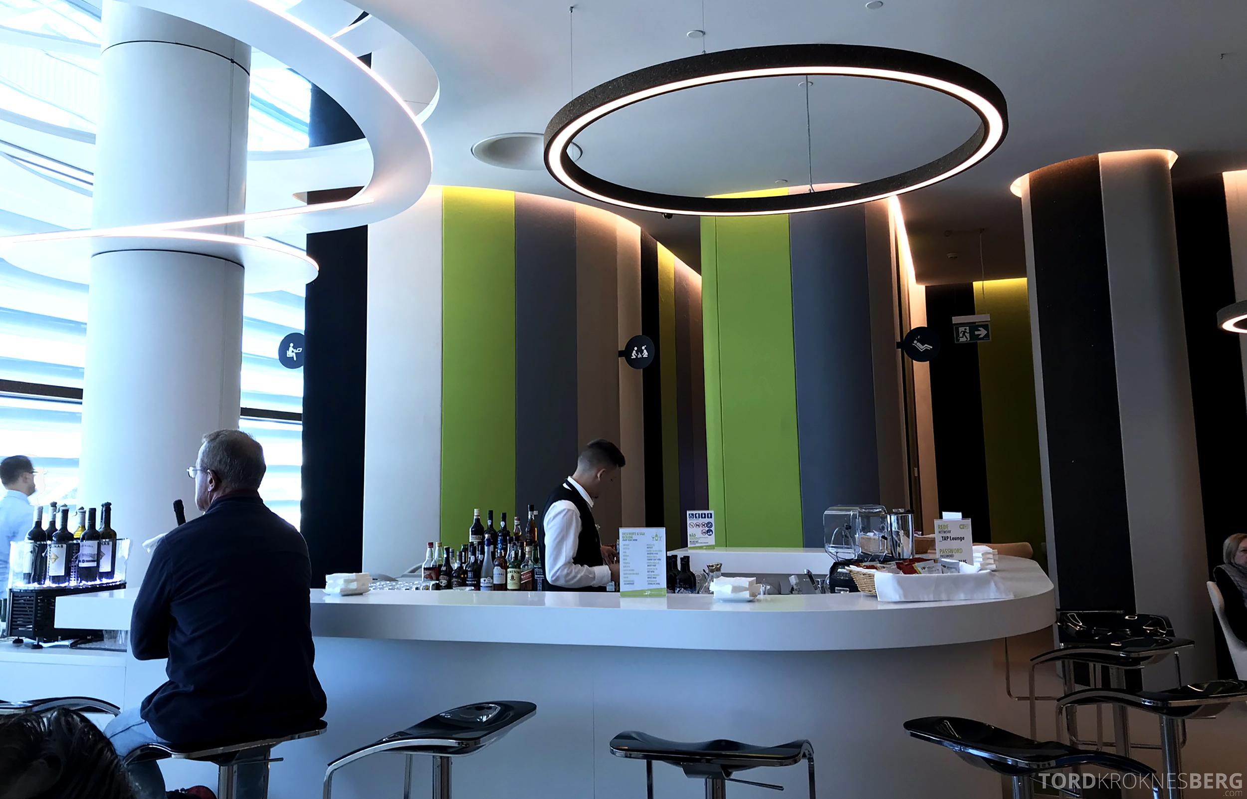 TAP Lounge Lisbon bar