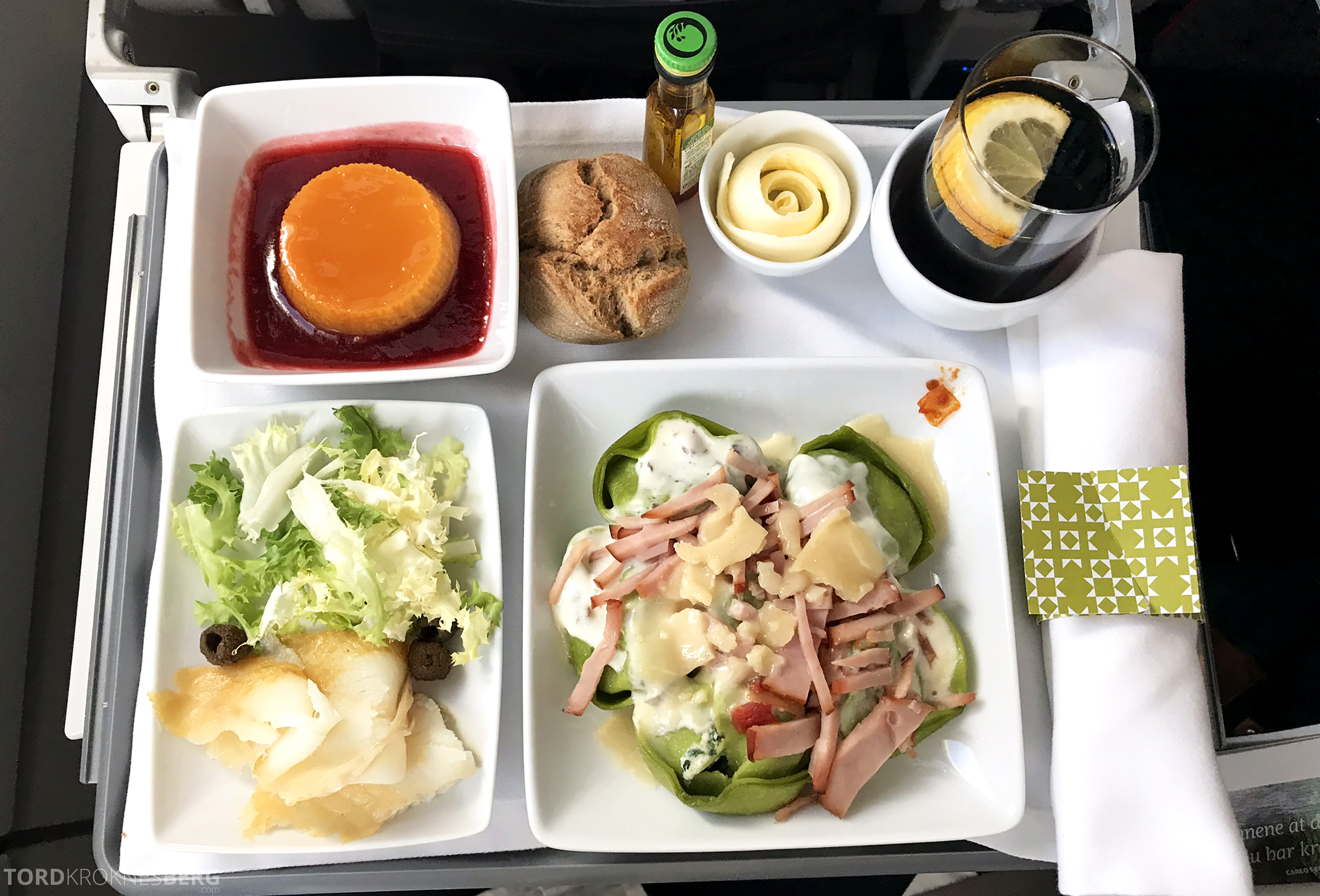 TAP Portugal Business Class New York Lisbon Oslo pasta
