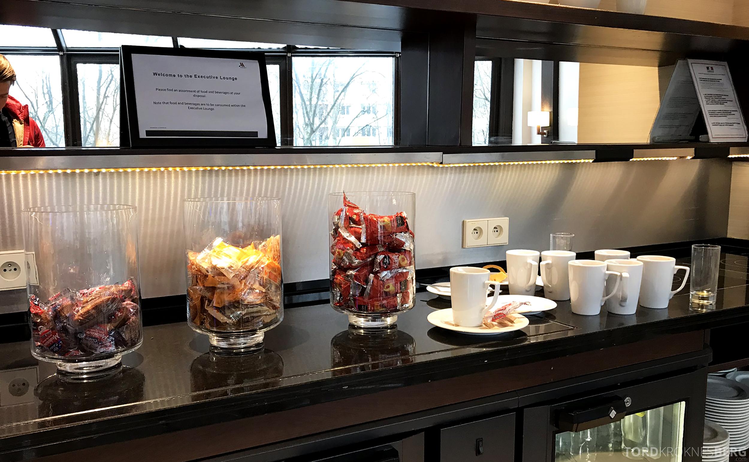 Marriott Paris Rive Gauche Executive Lounge snacks