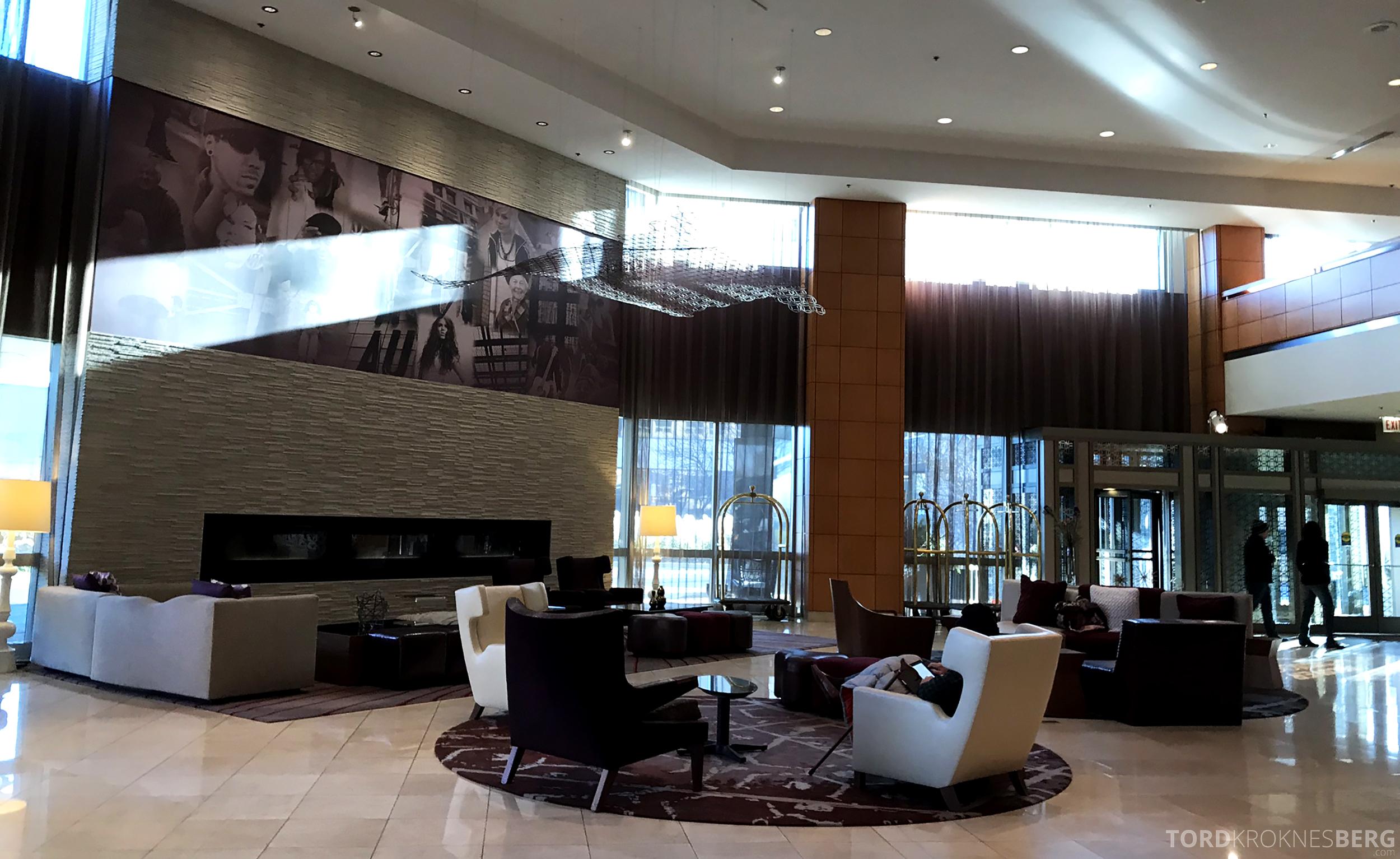Renaissance Chicago O'Hare Hotel lobby