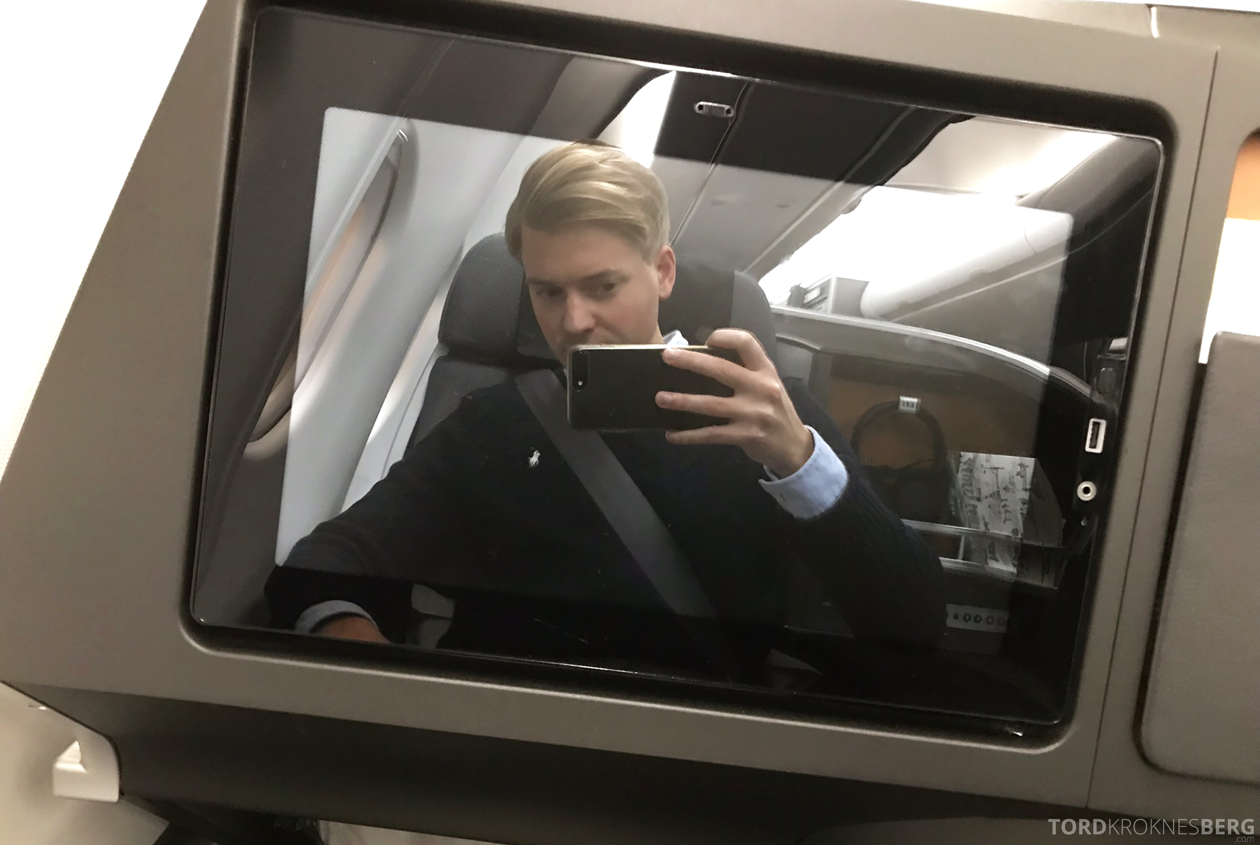 SAS Business Class Stockholm Chicago selfie