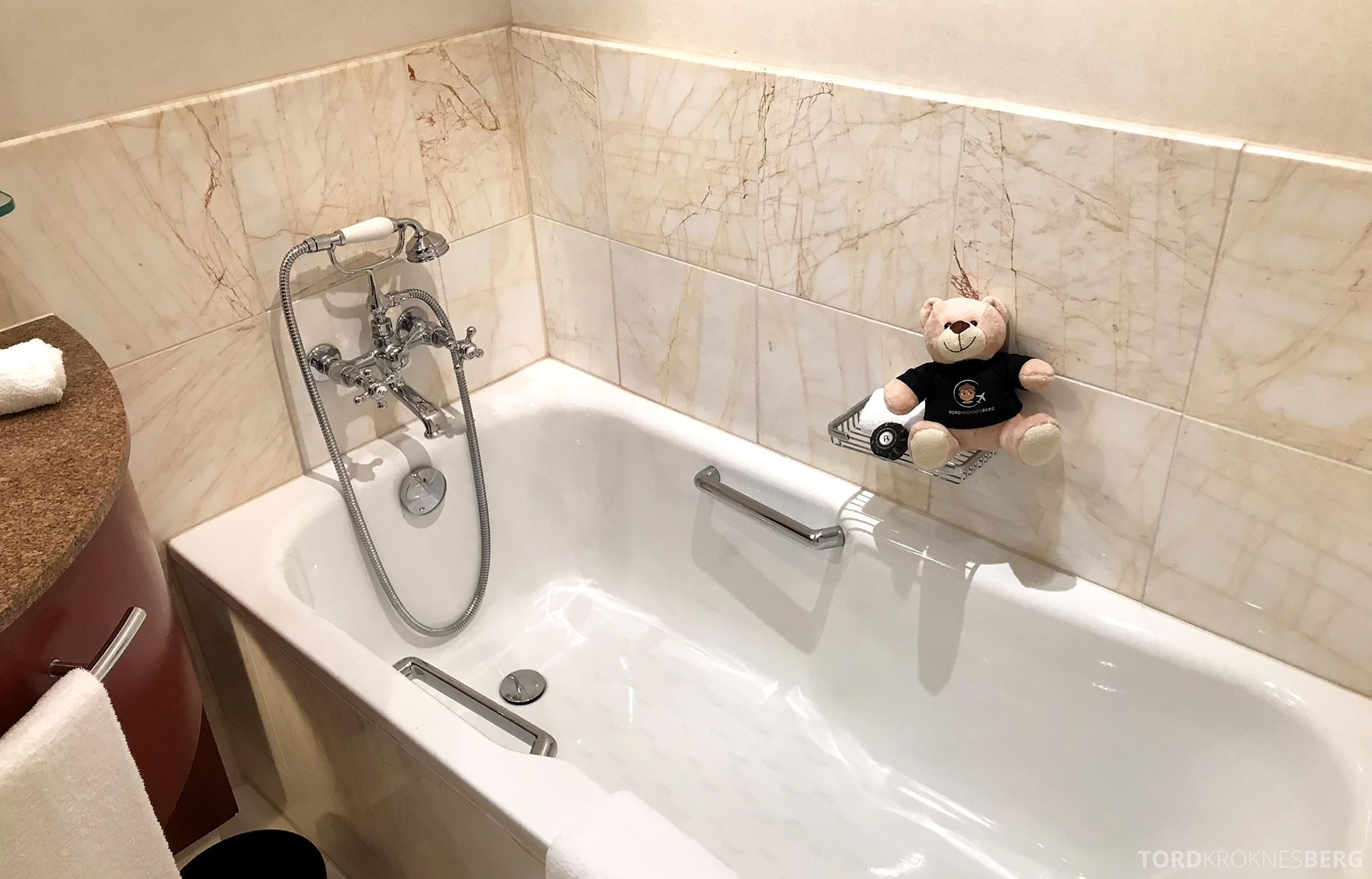 Four Seasons Hotel Sydney reisefølget bad