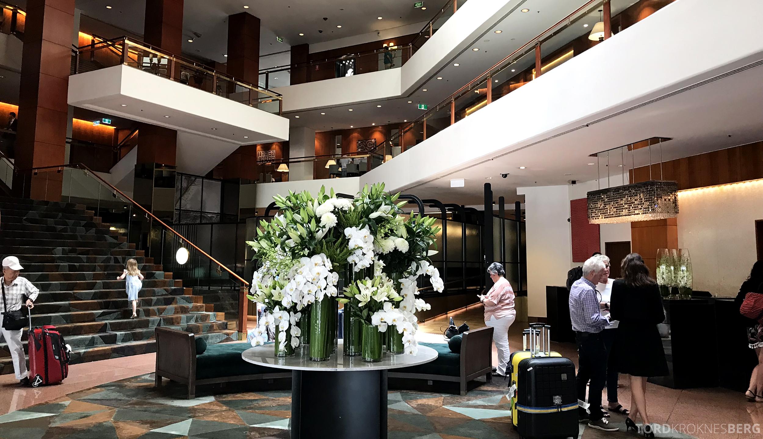 Four Seasons Hotel Sydney lobby