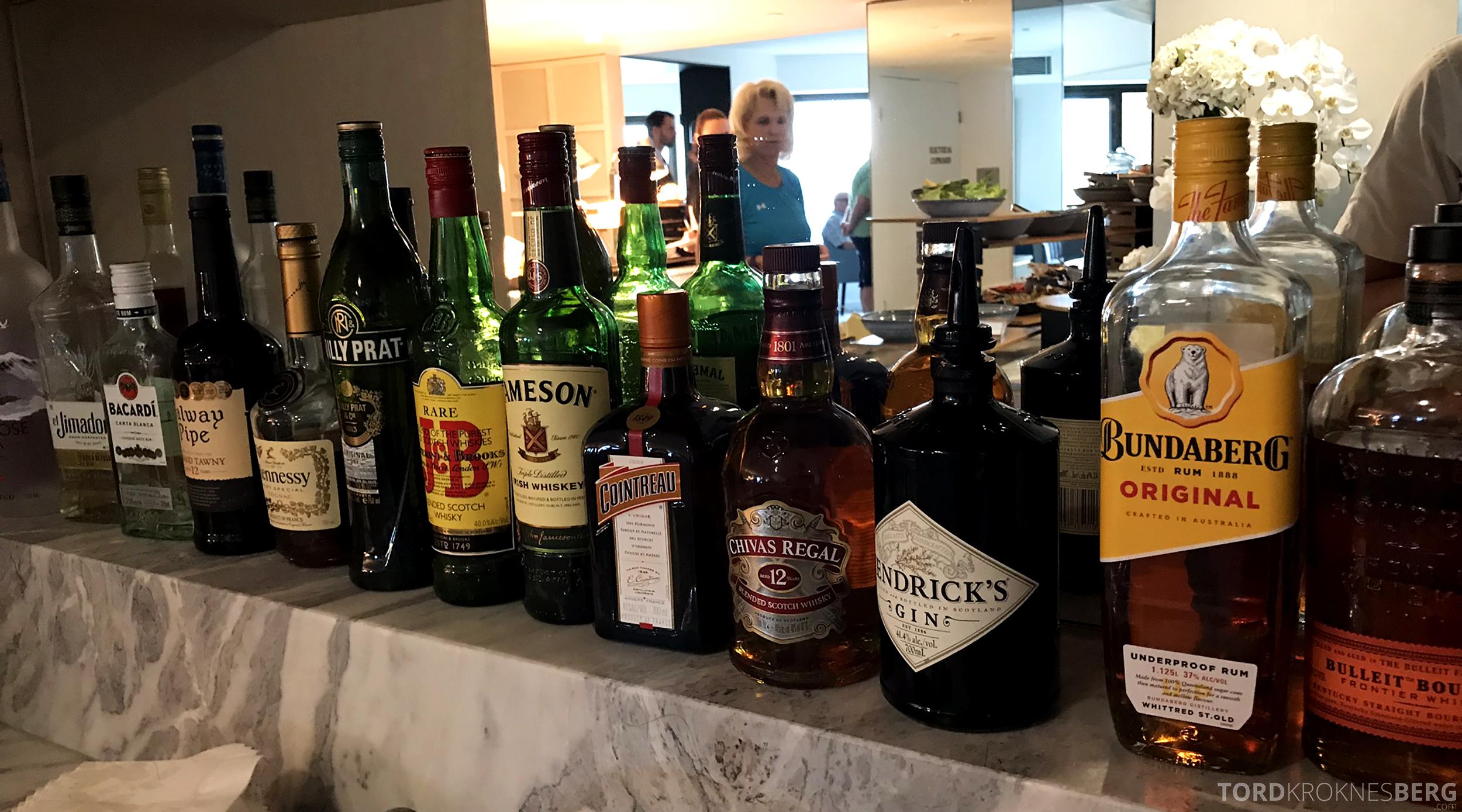 Four Seasons Hotel Sydney Lounge 32 hors d'oeuvre brennevin
