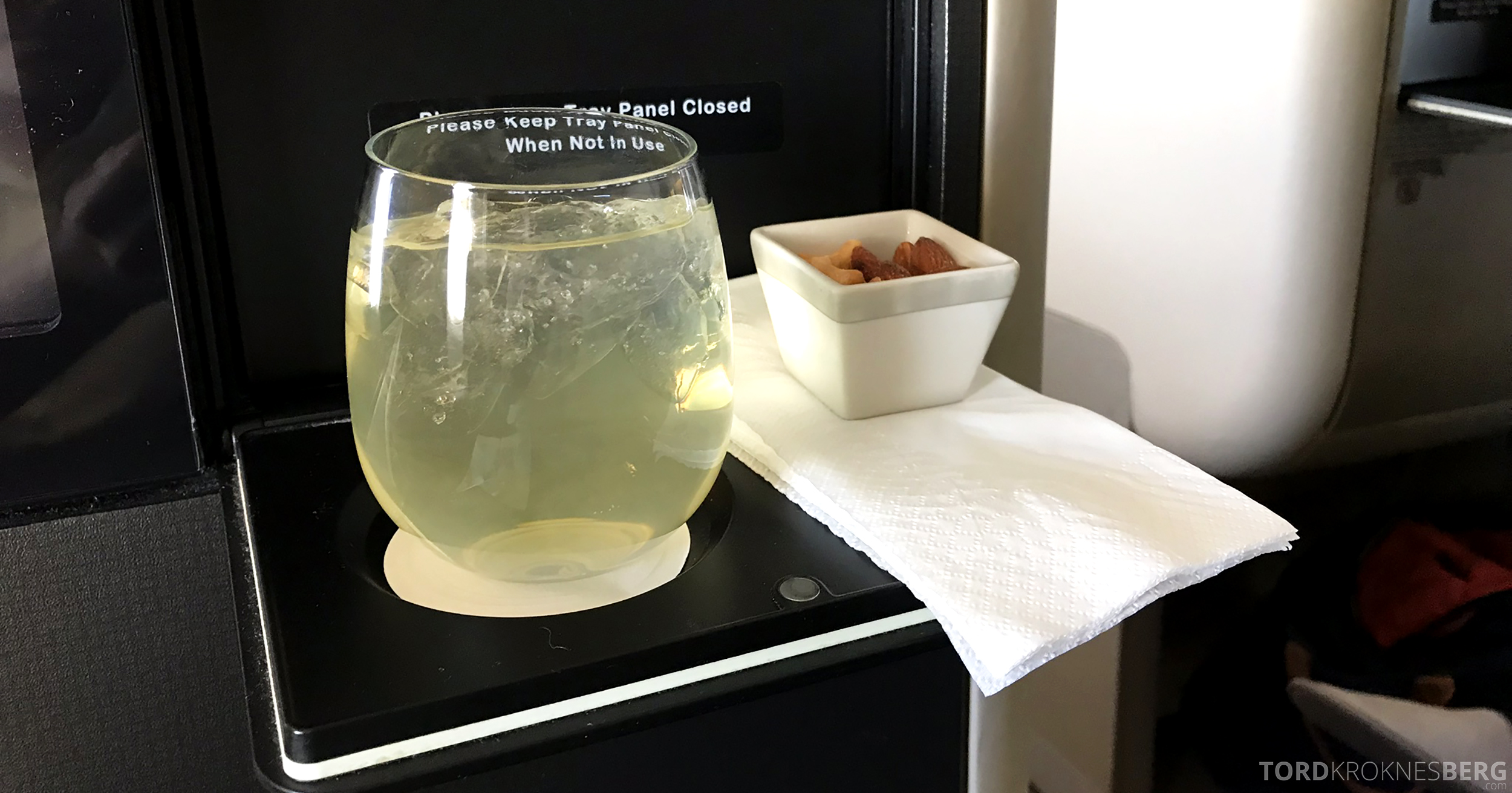 Singapore Airlines Business Class Brisbane Singapore aperitiff