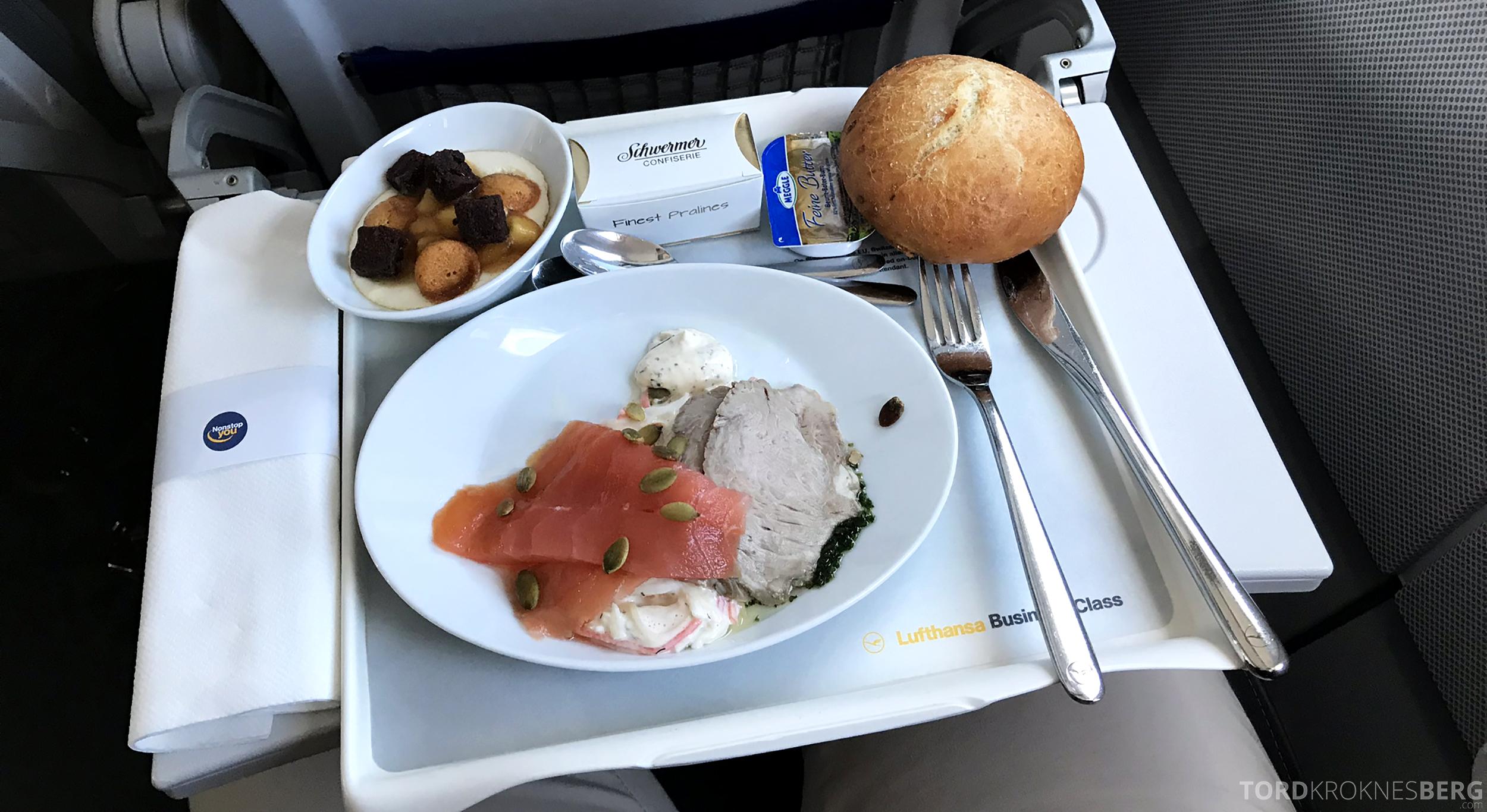 Lufthansa Business Class Oslo Rome dessert og brød