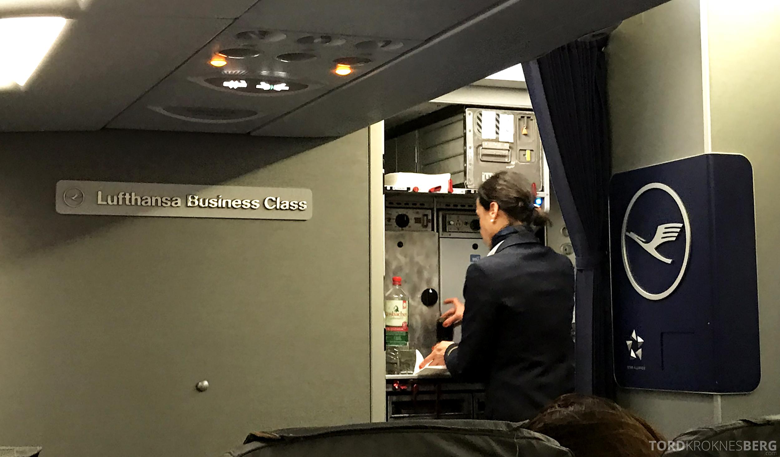 Lufthansa Business Class Oslo Rome kabin
